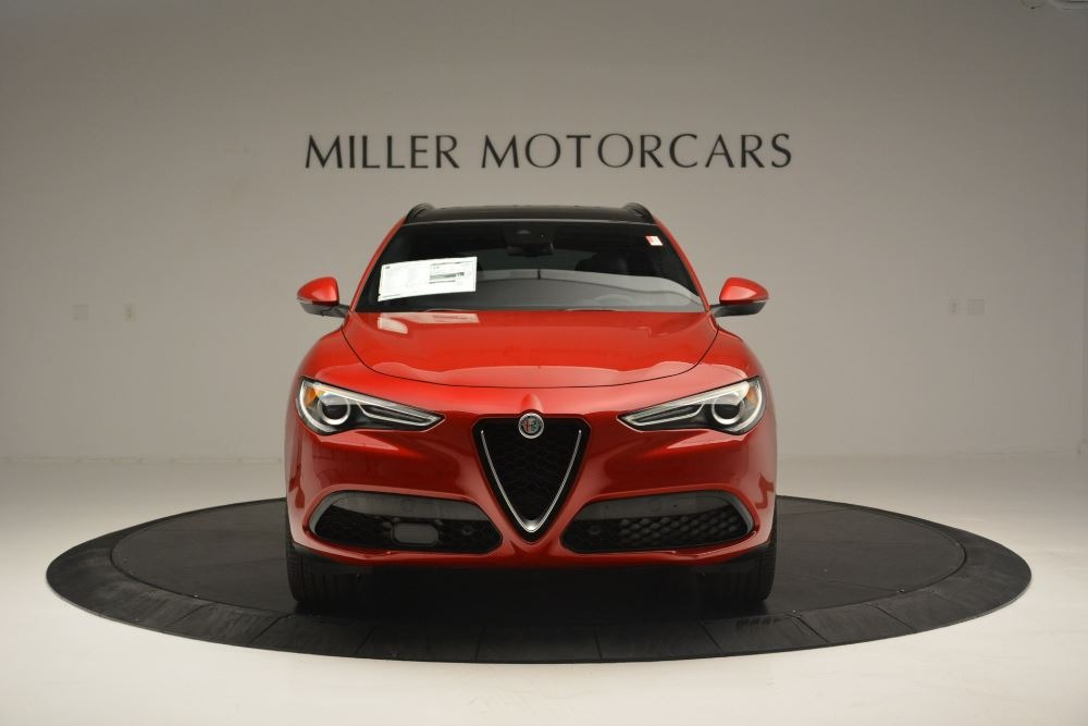 New 2018 Alfa Romeo Stelvio Ti Sport Q4 For Sale In Greenwich, CT. Alfa Romeo of Greenwich, LW313 2512_p12