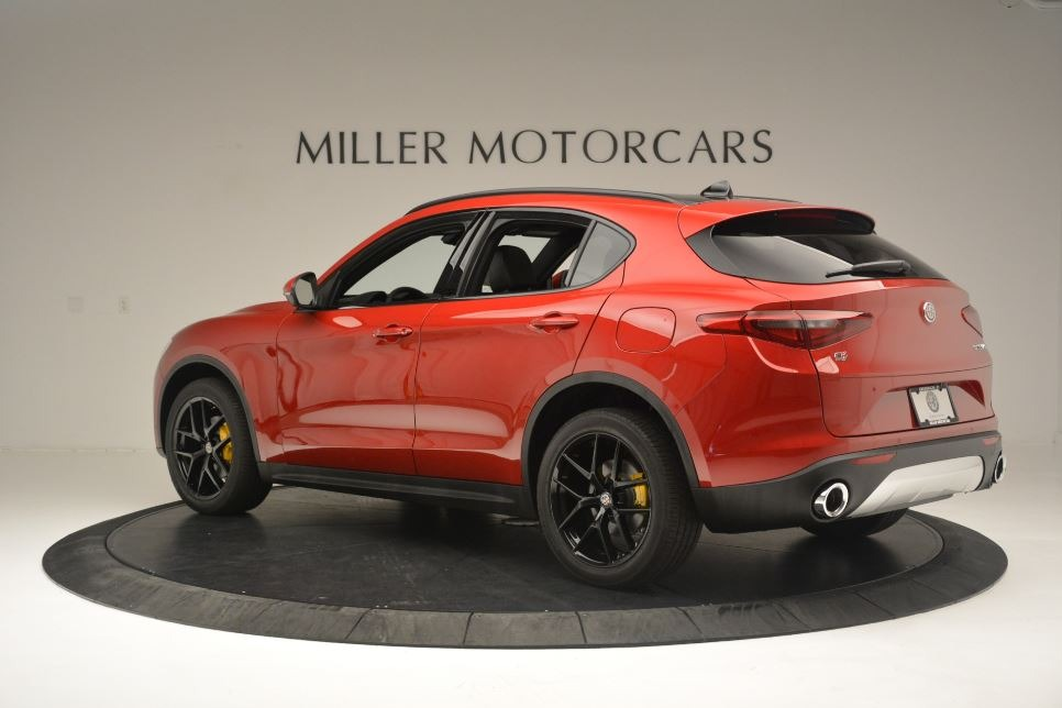 New 2018 Alfa Romeo Stelvio Ti Sport Q4 For Sale In Greenwich, CT. Alfa Romeo of Greenwich, LW313 2512_p4