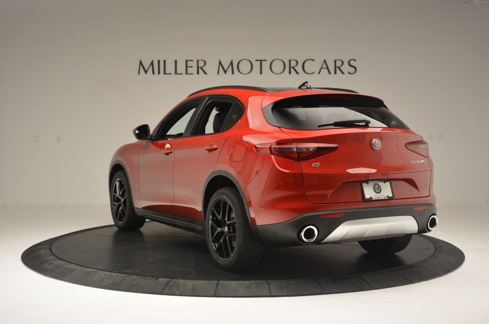 New 2018 Alfa Romeo Stelvio Ti Sport Q4 For Sale In Greenwich, CT. Alfa Romeo of Greenwich, LW313 2512_p5
