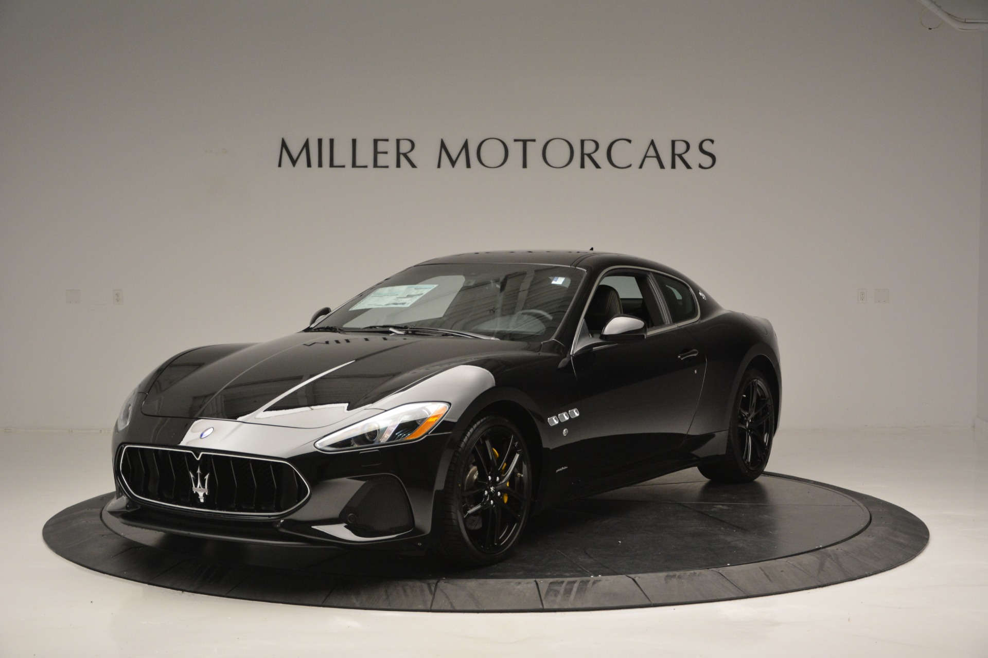 New 2018 Maserati GranTurismo Sport For Sale In Greenwich, CT. Alfa Romeo of Greenwich, M2188 2513_main