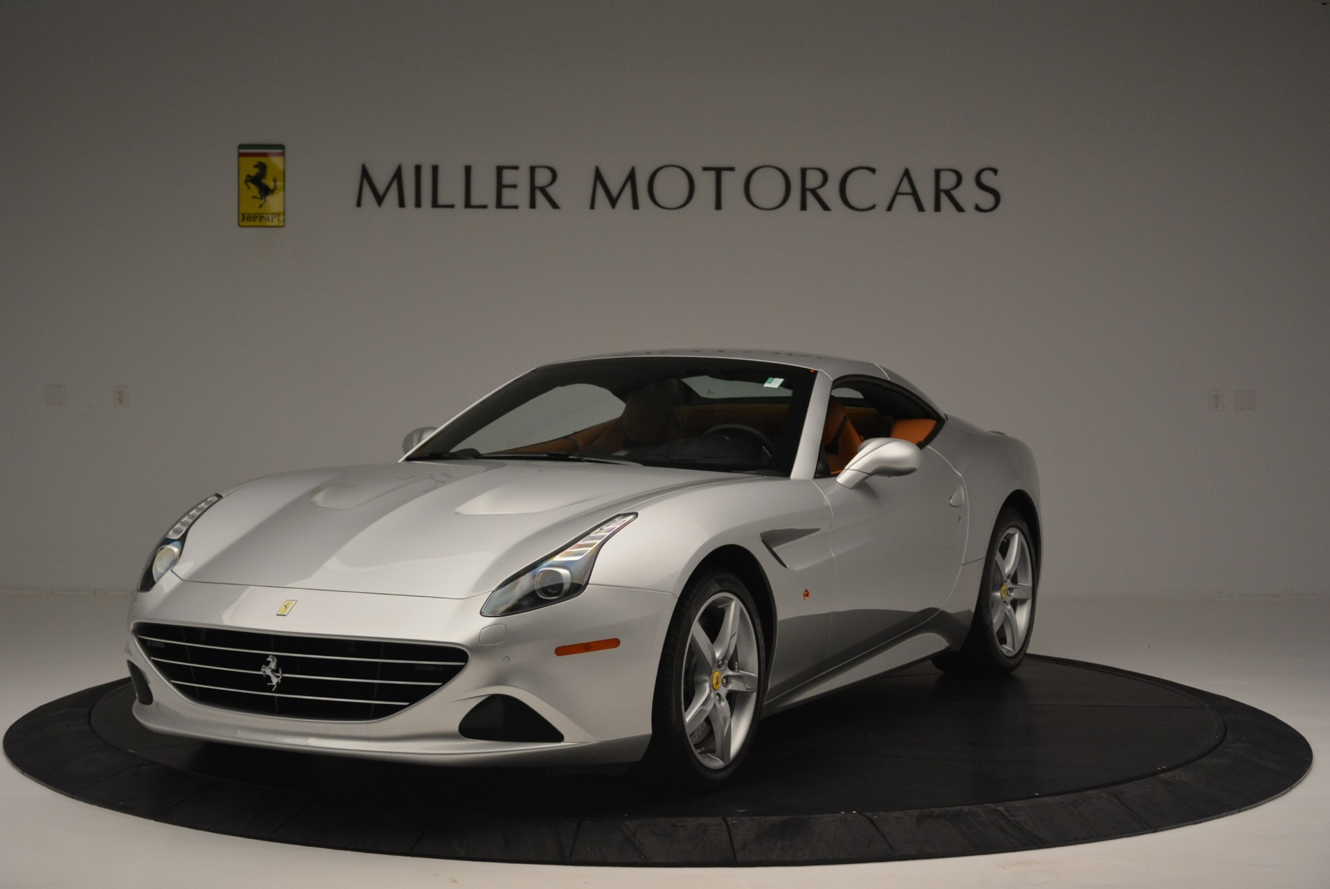 Used 2015 Ferrari California T  For Sale In Greenwich, CT. Alfa Romeo of Greenwich, F1913A 2514_p13