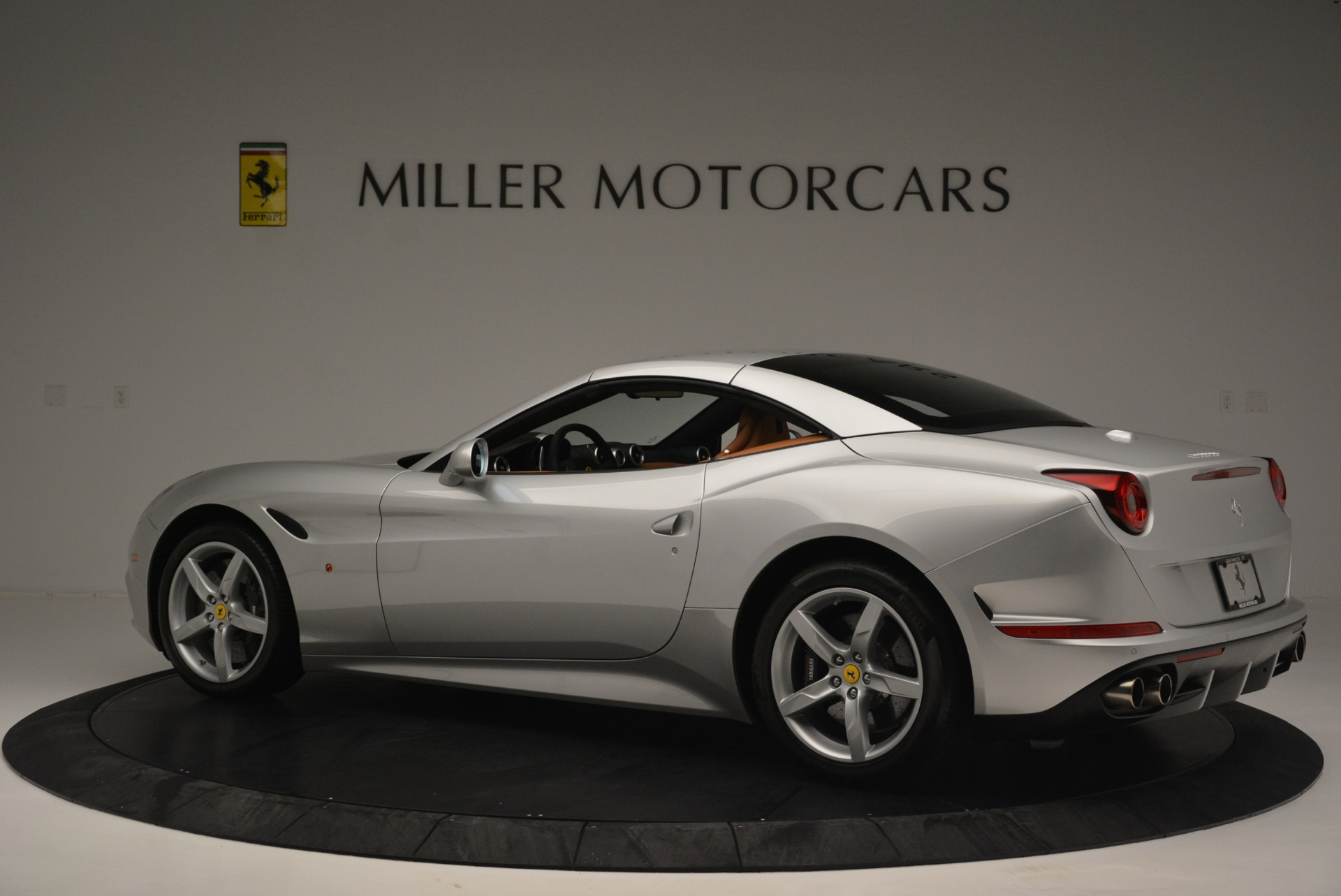 Used 2015 Ferrari California T  For Sale In Greenwich, CT. Alfa Romeo of Greenwich, F1913A 2514_p16