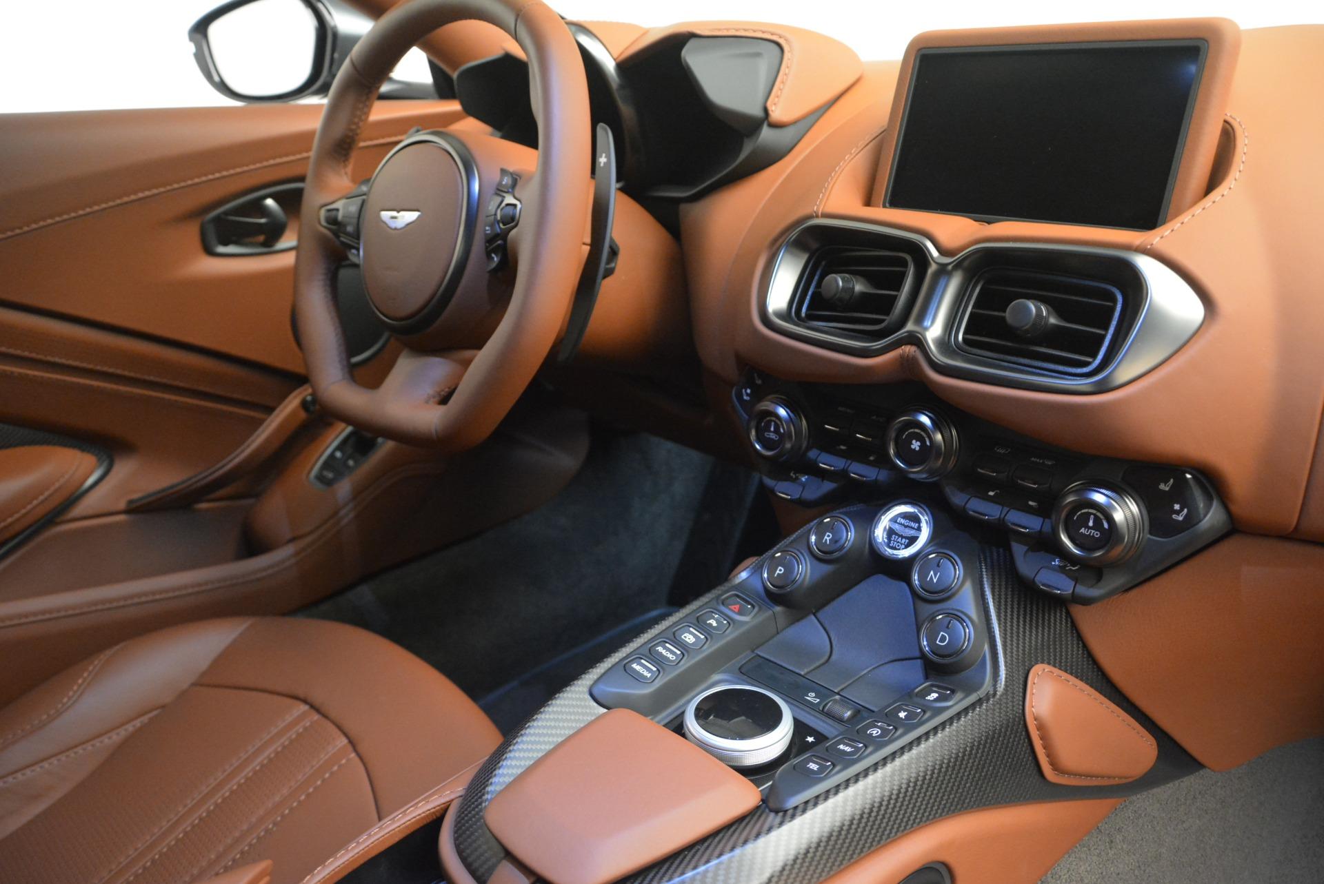 New 2019 Aston Martin Vantage Coupe For Sale In Greenwich, CT. Alfa Romeo of Greenwich, A1316 2515_p18