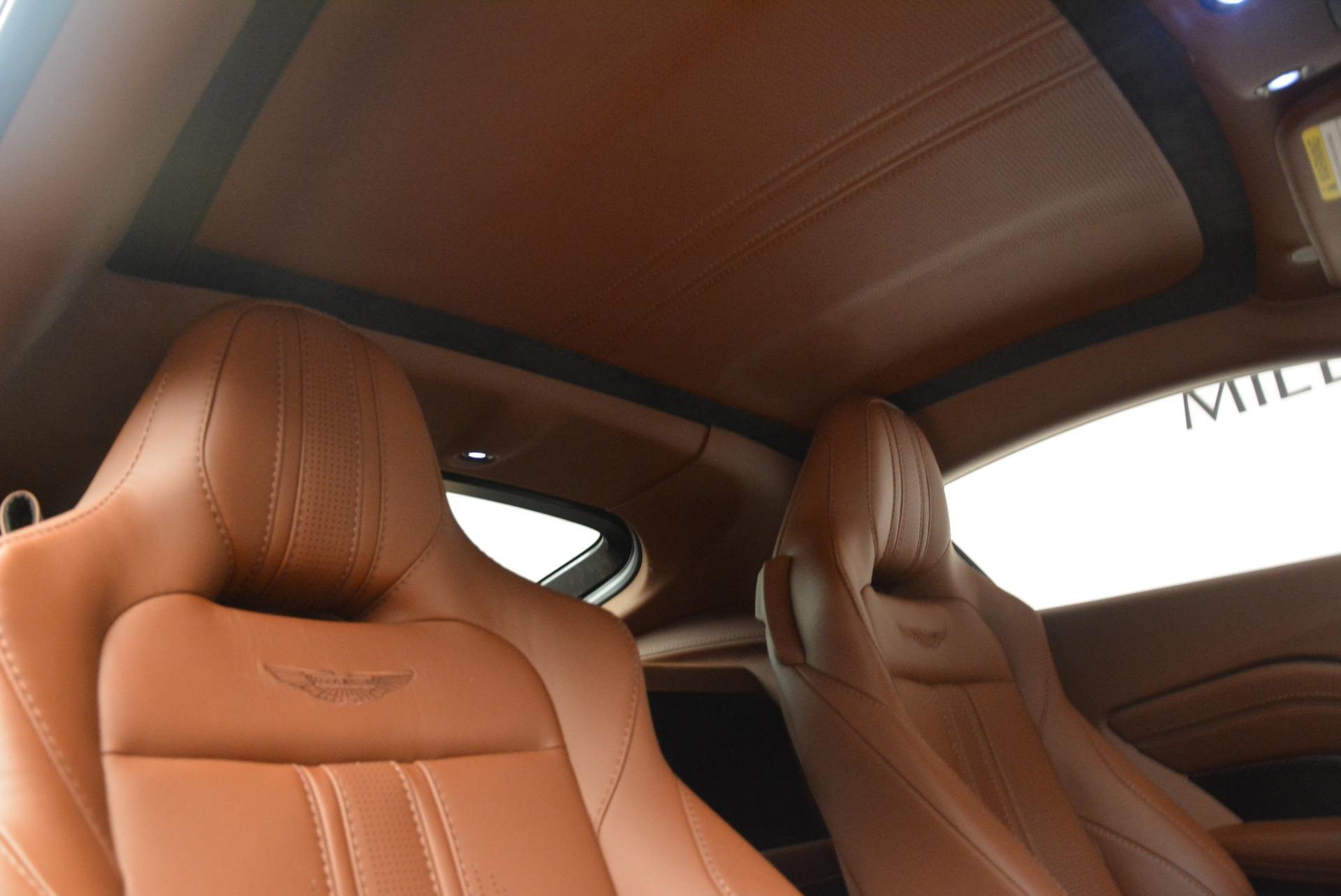 New 2019 Aston Martin Vantage Coupe For Sale In Greenwich, CT. Alfa Romeo of Greenwich, A1316 2515_p19