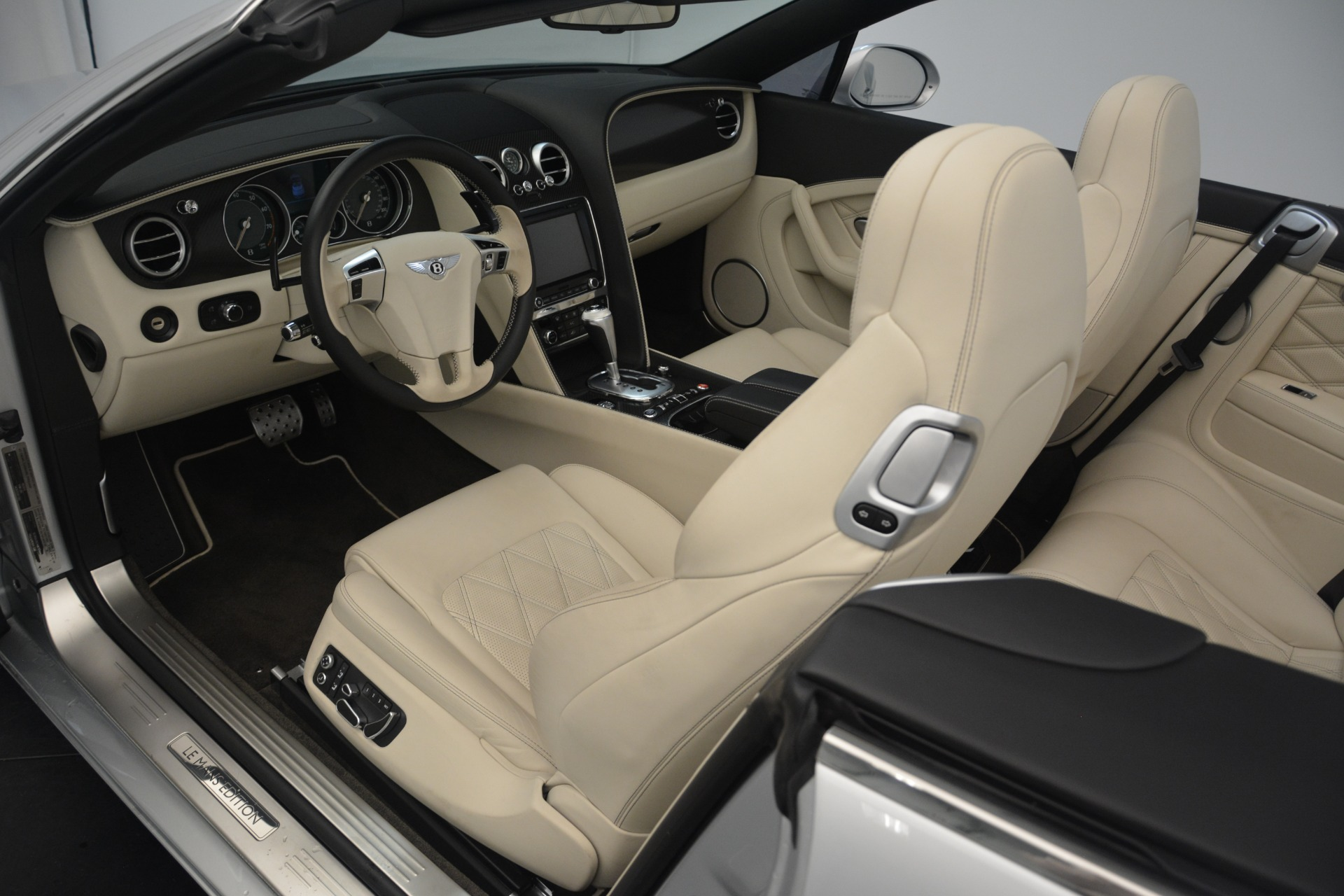 Used 2013 Bentley Continental GT W12 Le Mans Edition For Sale In Greenwich, CT. Alfa Romeo of Greenwich, B1356A 2519_p21