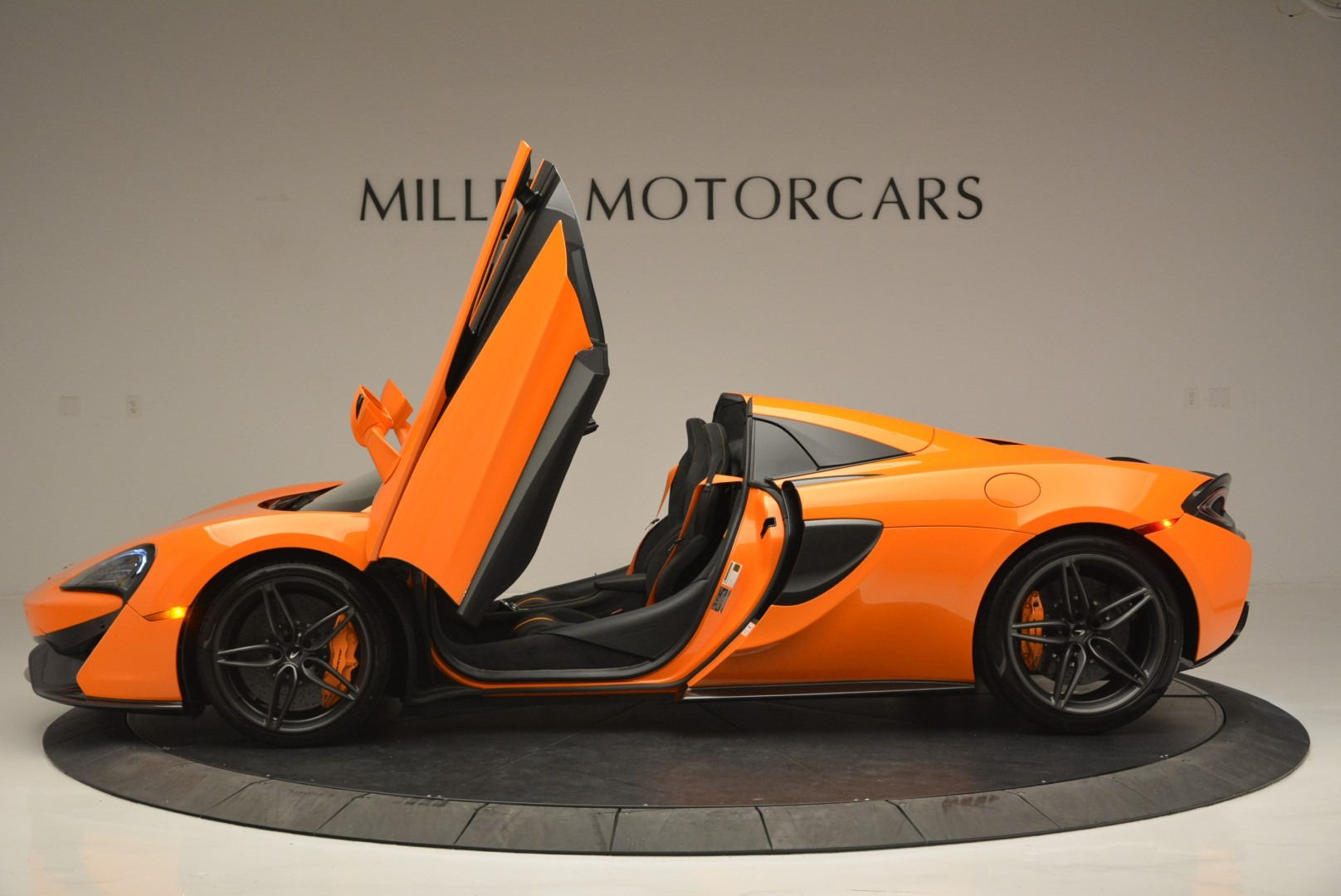New 2019 McLaren 570S Spider Convertible For Sale $237540 In Greenwich, CT 2520_p15