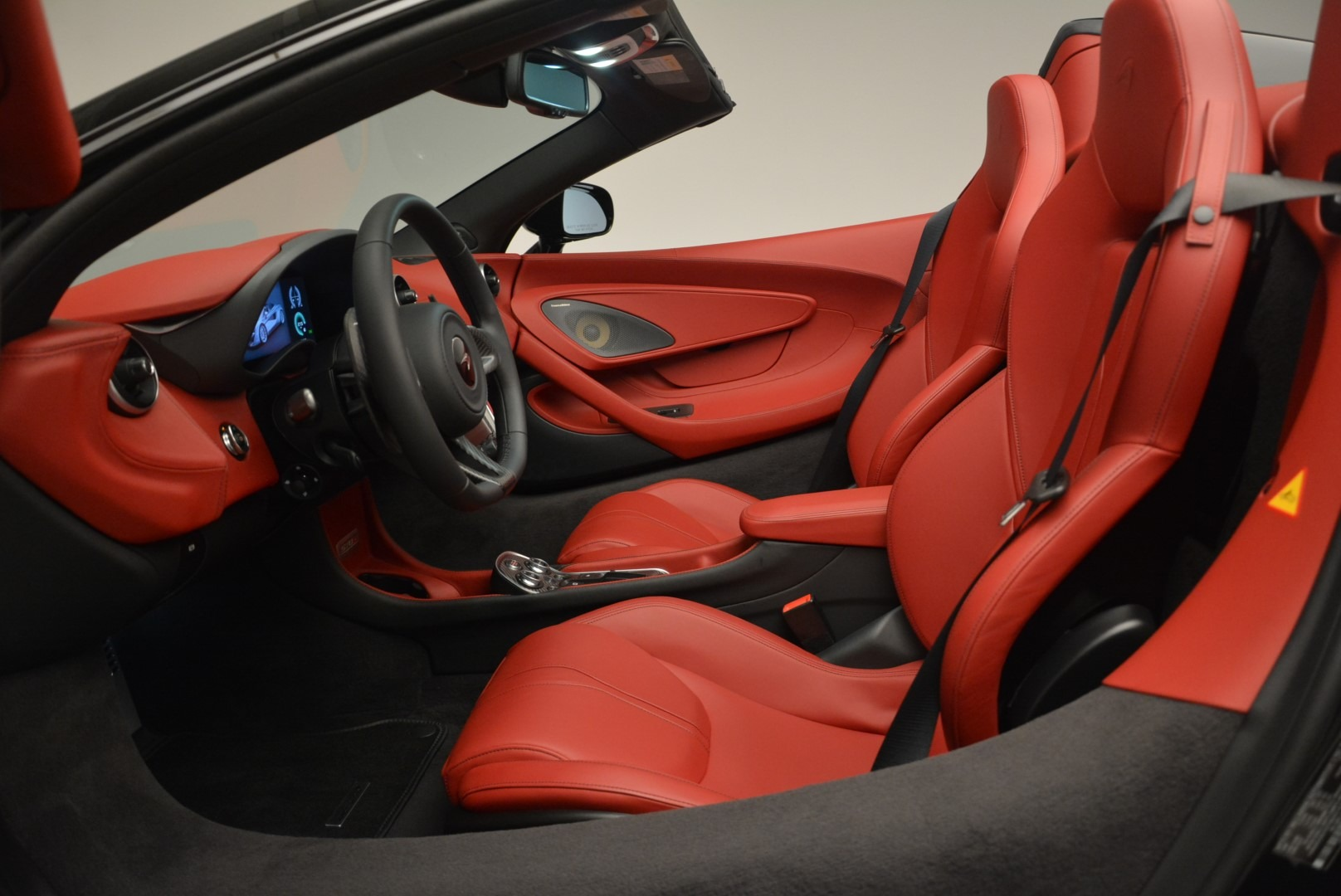 New 2019 McLaren 570S Spider For Sale In Greenwich, CT. Alfa Romeo of Greenwich, MC378 2522_p23