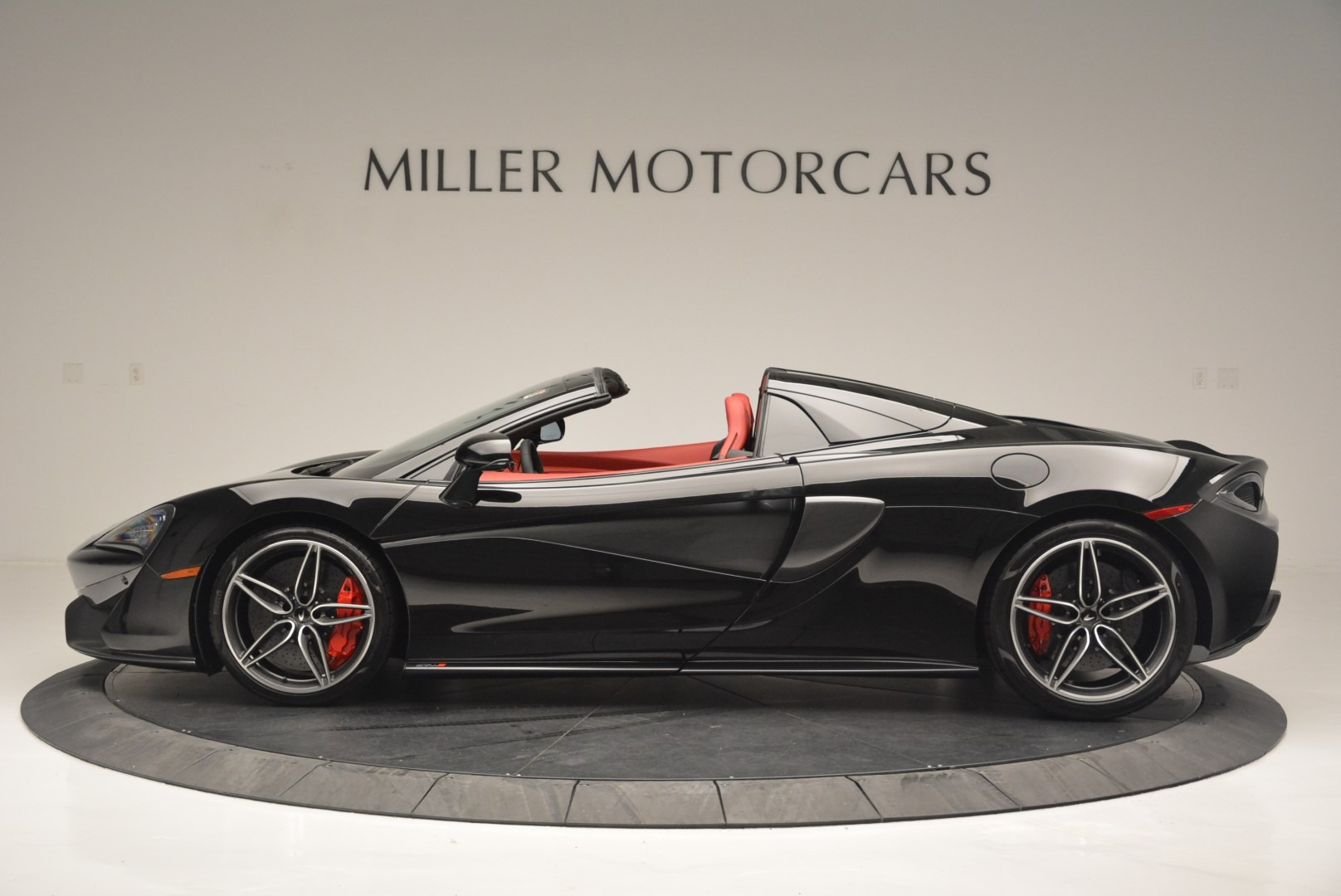 New 2019 McLaren 570S Spider For Sale In Greenwich, CT. Alfa Romeo of Greenwich, MC378 2522_p3