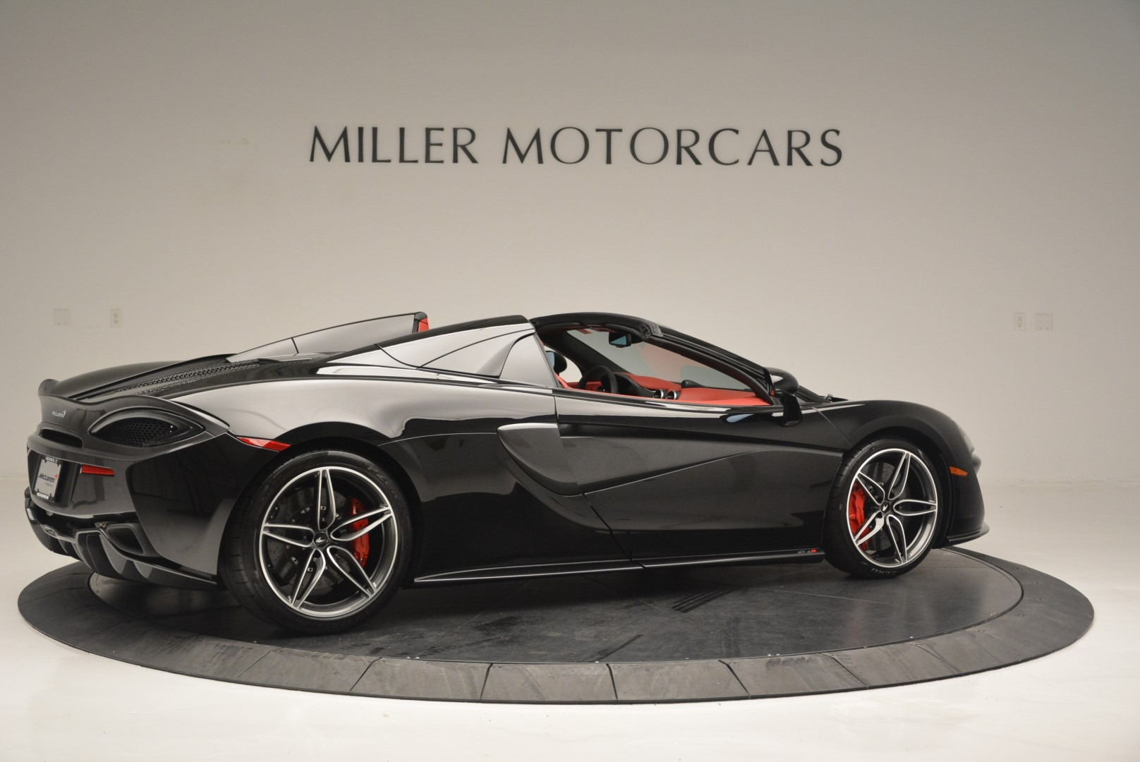 New 2019 McLaren 570S Spider For Sale In Greenwich, CT. Alfa Romeo of Greenwich, MC378 2522_p8