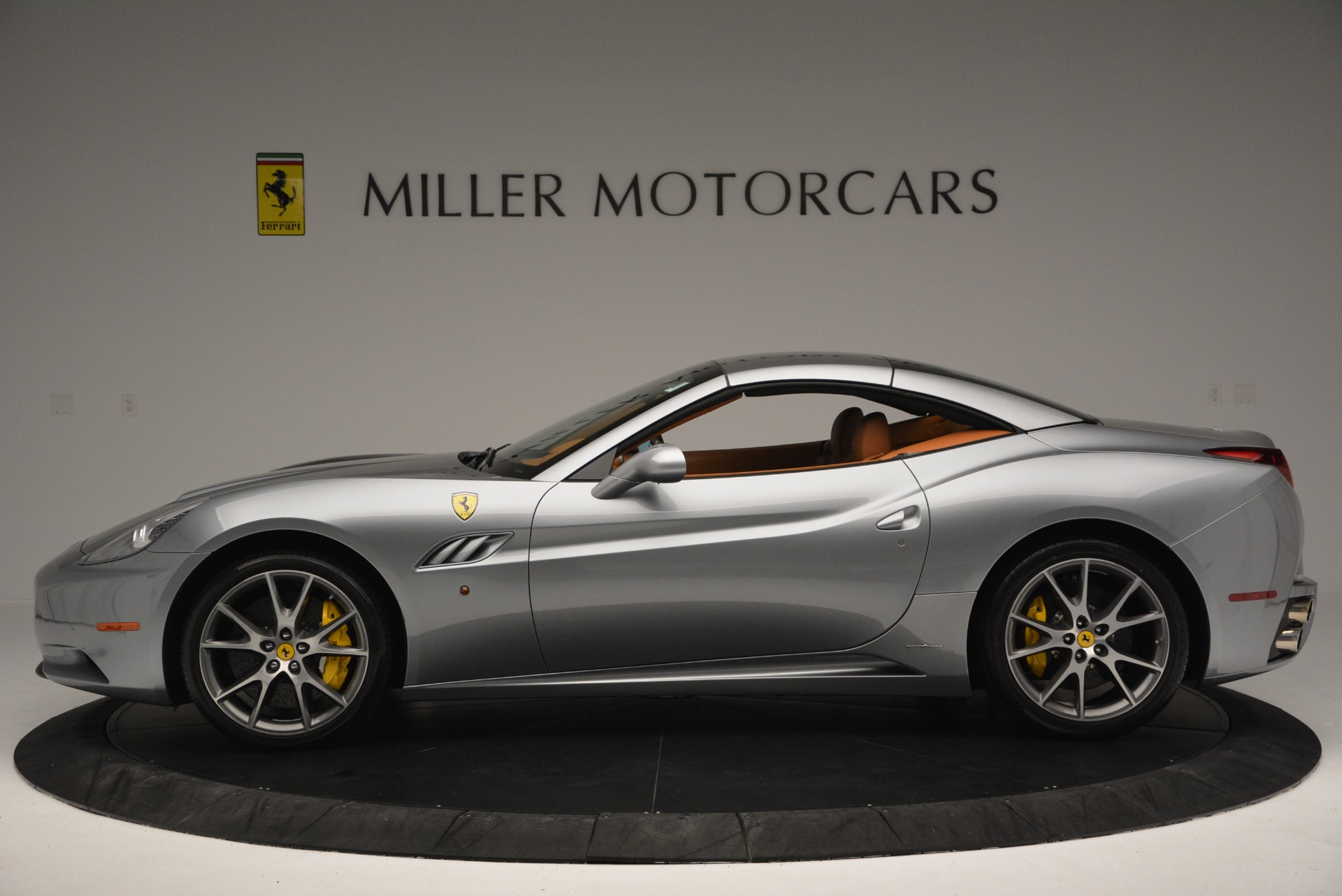 Used 2012 Ferrari California  For Sale In Greenwich, CT. Alfa Romeo of Greenwich, 4501 2524_p15