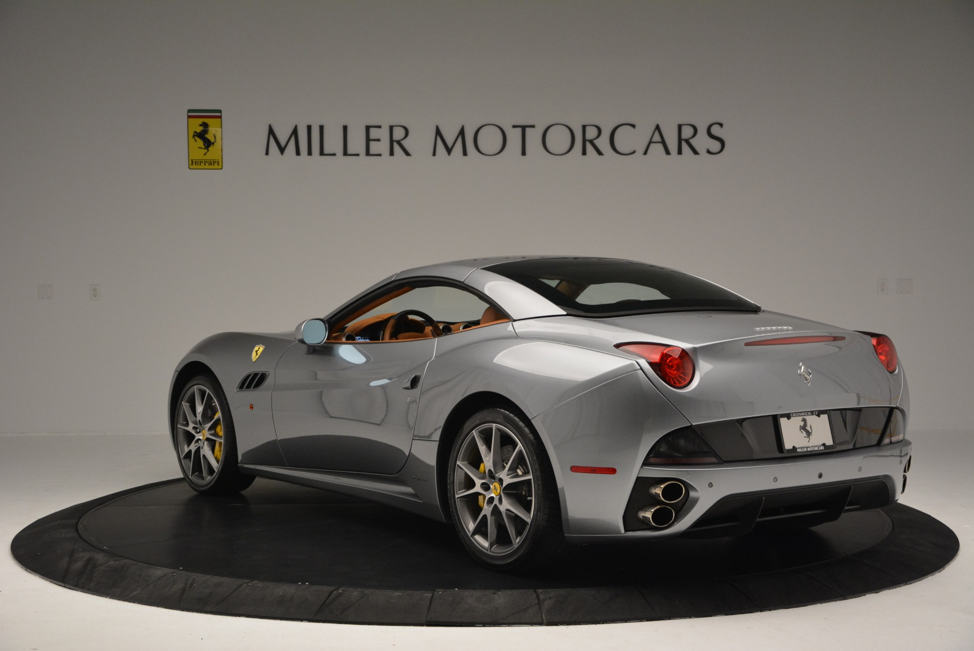 Used 2012 Ferrari California  For Sale In Greenwich, CT. Alfa Romeo of Greenwich, 4501 2524_p17