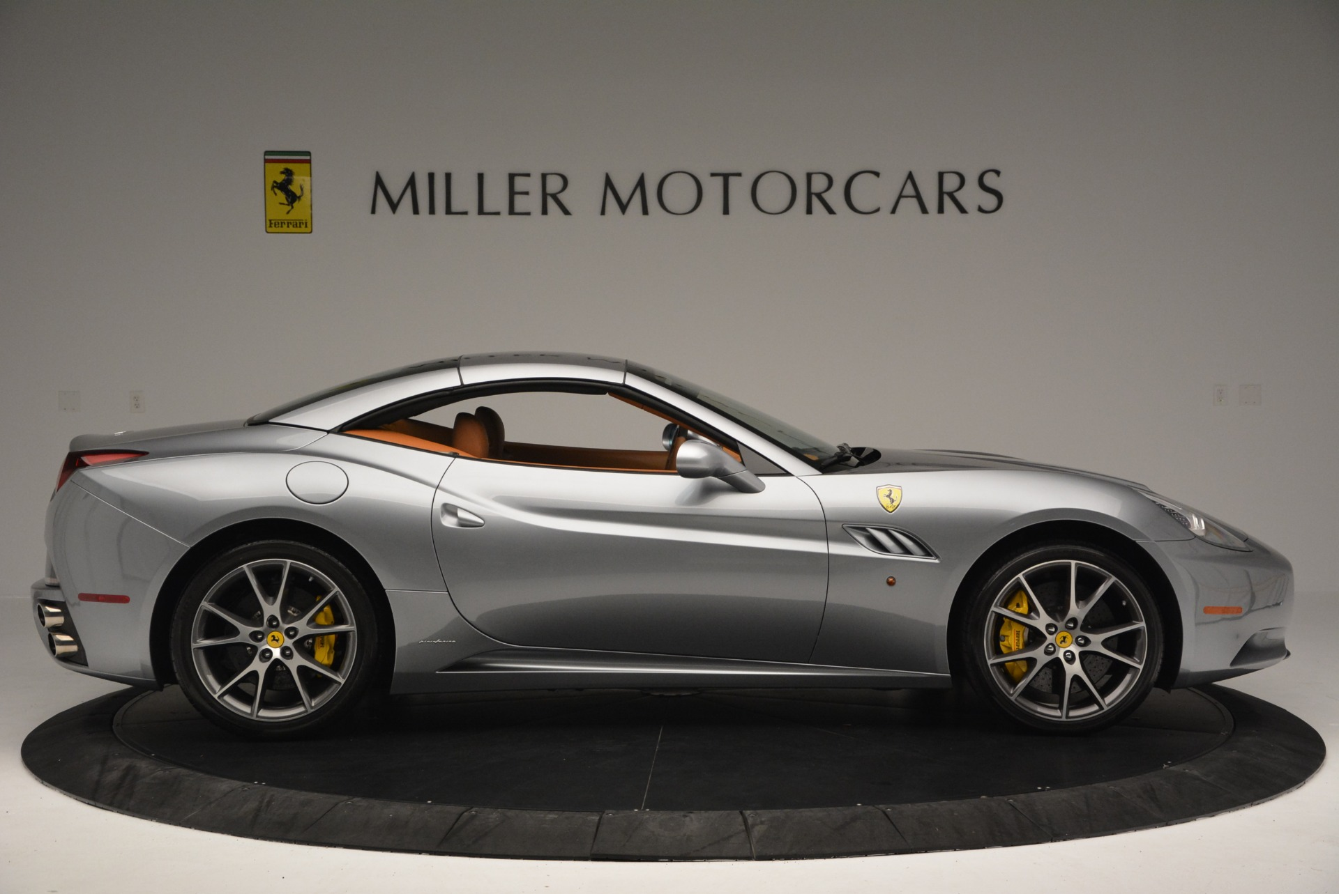 Used 2012 Ferrari California  For Sale In Greenwich, CT. Alfa Romeo of Greenwich, 4501 2524_p21