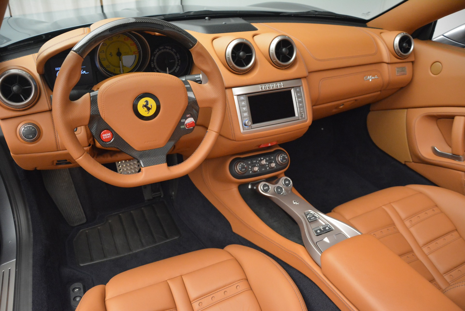 Used 2012 Ferrari California  For Sale In Greenwich, CT. Alfa Romeo of Greenwich, 4501 2524_p25