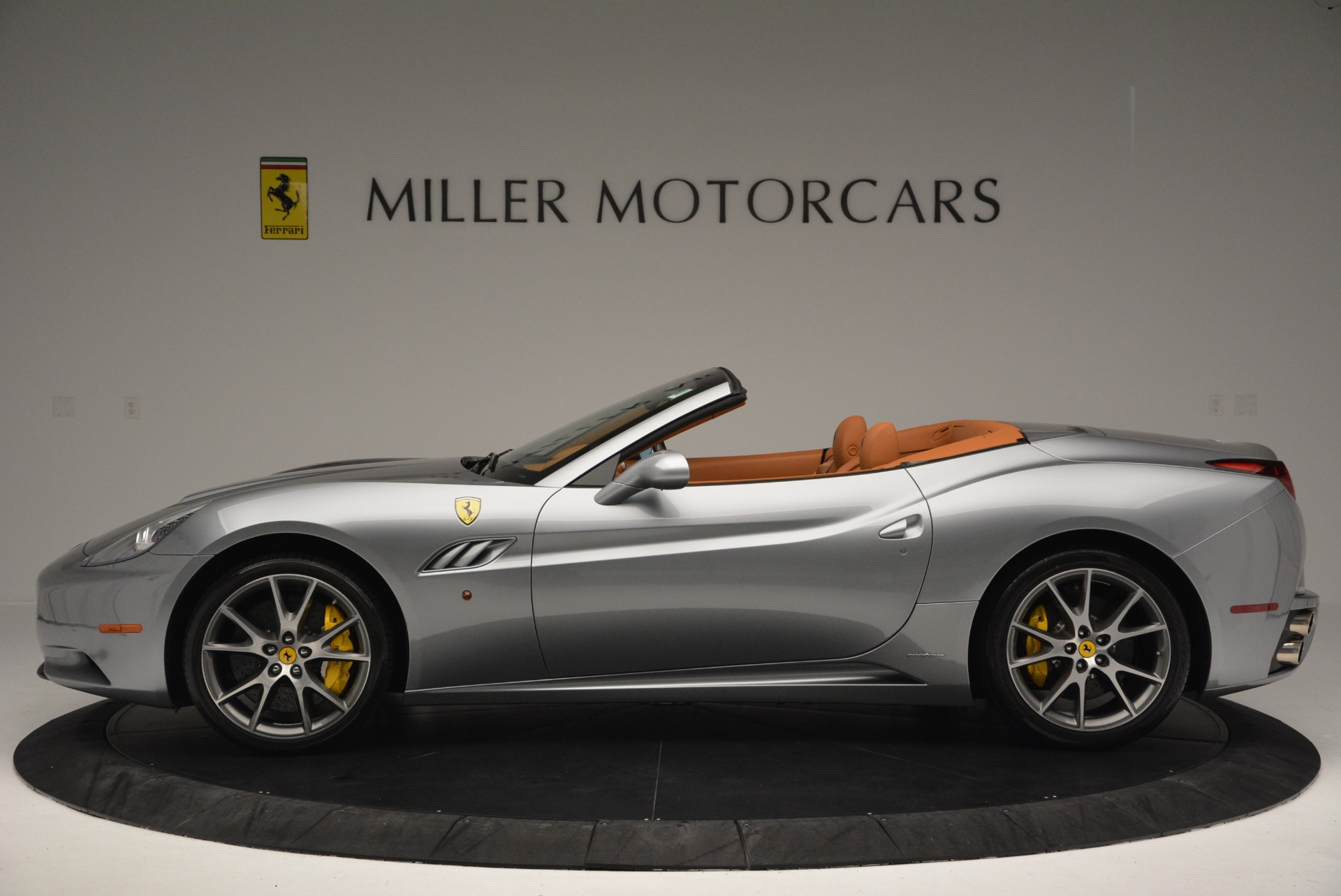 Used 2012 Ferrari California  For Sale In Greenwich, CT. Alfa Romeo of Greenwich, 4501 2524_p3