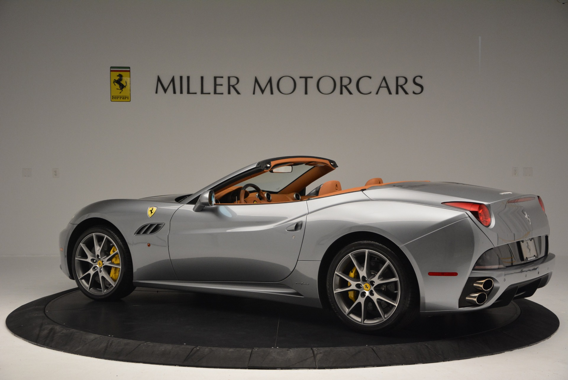 Used 2012 Ferrari California  For Sale In Greenwich, CT. Alfa Romeo of Greenwich, 4501 2524_p4
