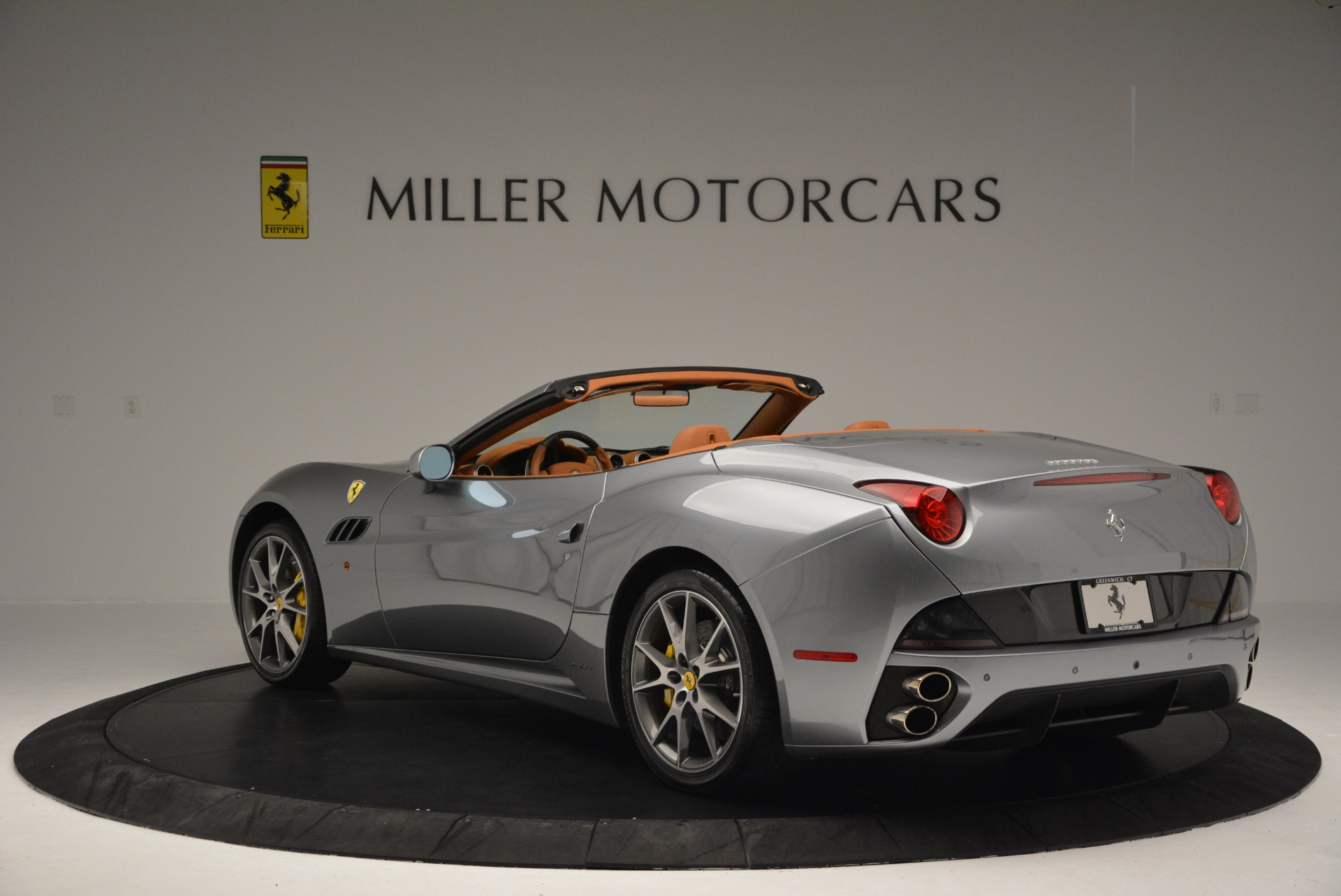 Used 2012 Ferrari California  For Sale In Greenwich, CT. Alfa Romeo of Greenwich, 4501 2524_p5