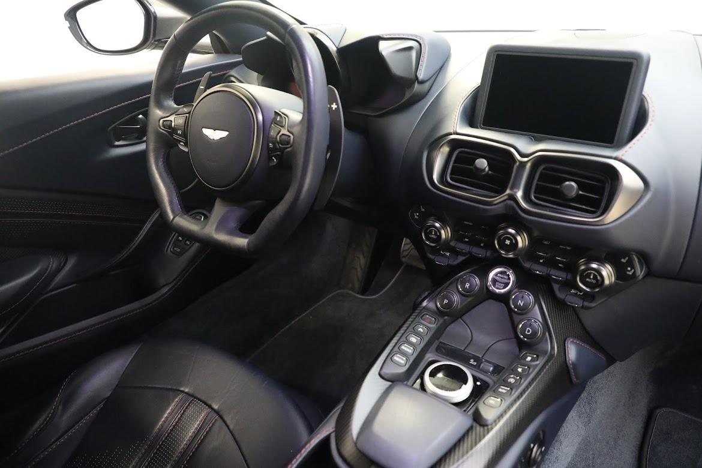 New 2019 Aston Martin Vantage V8 For Sale In Greenwich, CT. Alfa Romeo of Greenwich, A1310 2527_p17