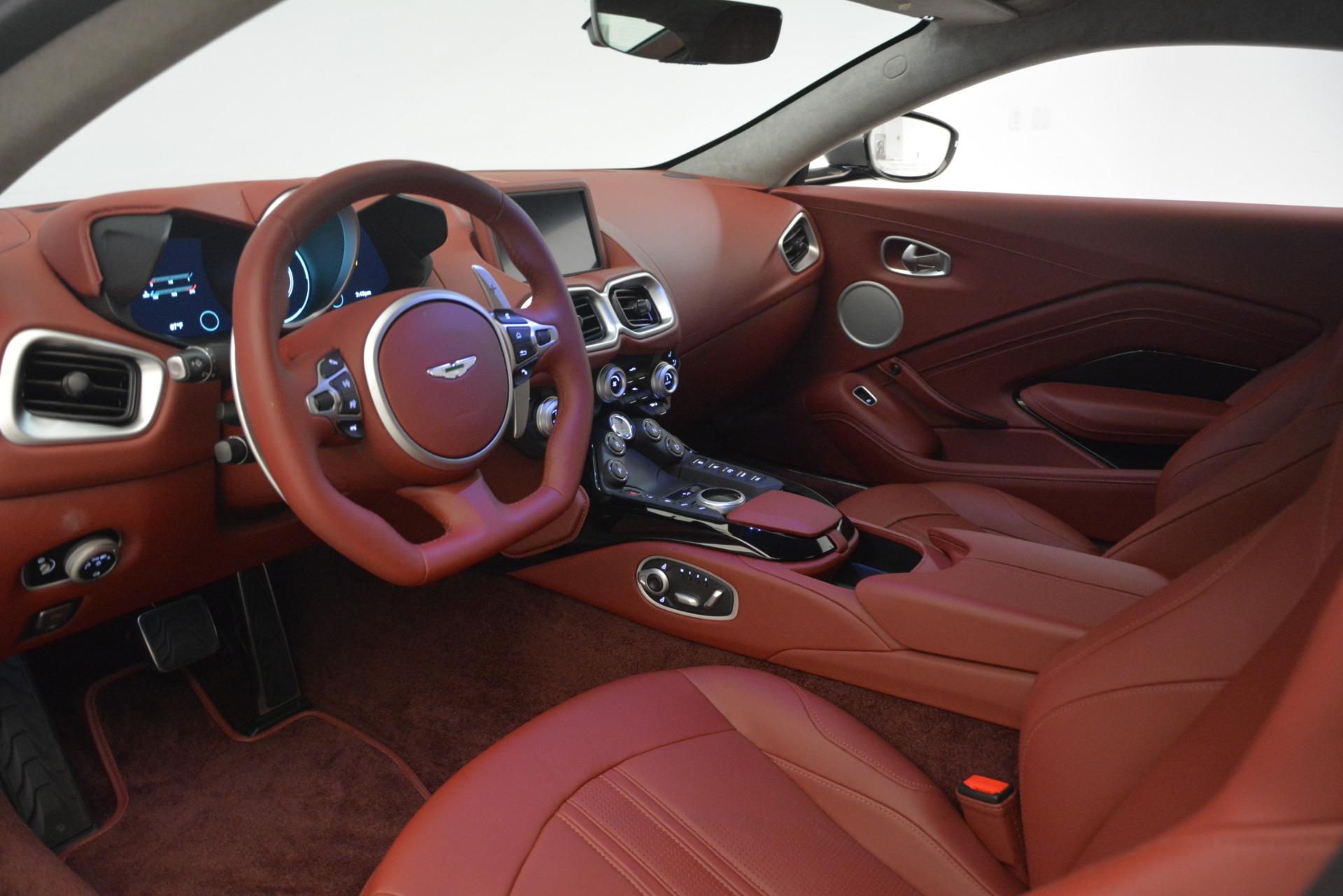 New 2019 Aston Martin Vantage  For Sale In Greenwich, CT. Alfa Romeo of Greenwich, A1319 2528_p14