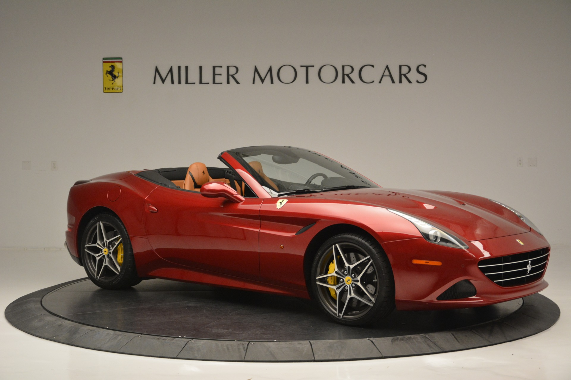 Used 2016 Ferrari California T  For Sale In Greenwich, CT. Alfa Romeo of Greenwich, 4518 2534_p10