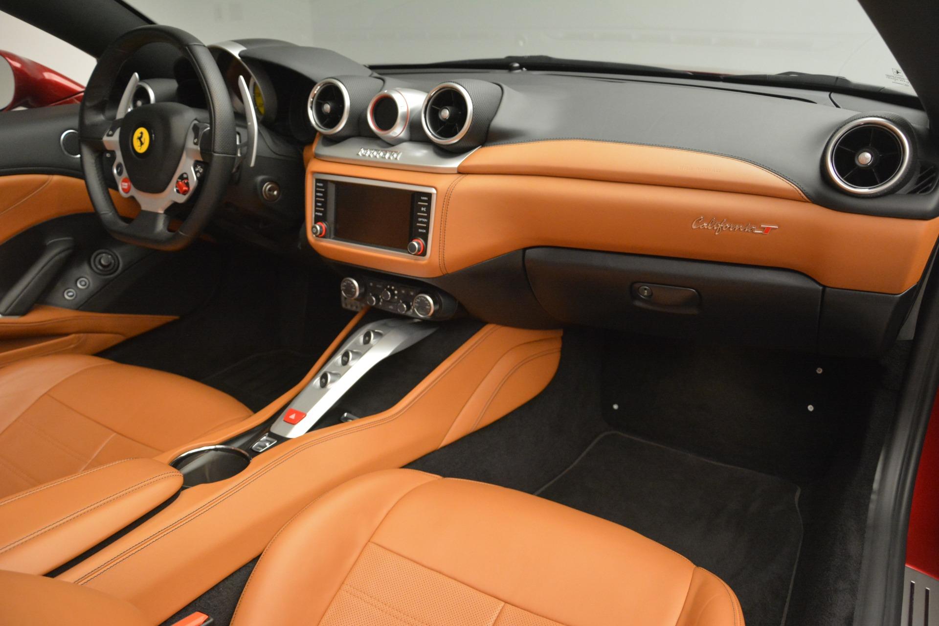 Used 2016 Ferrari California T  For Sale In Greenwich, CT. Alfa Romeo of Greenwich, 4518 2534_p30
