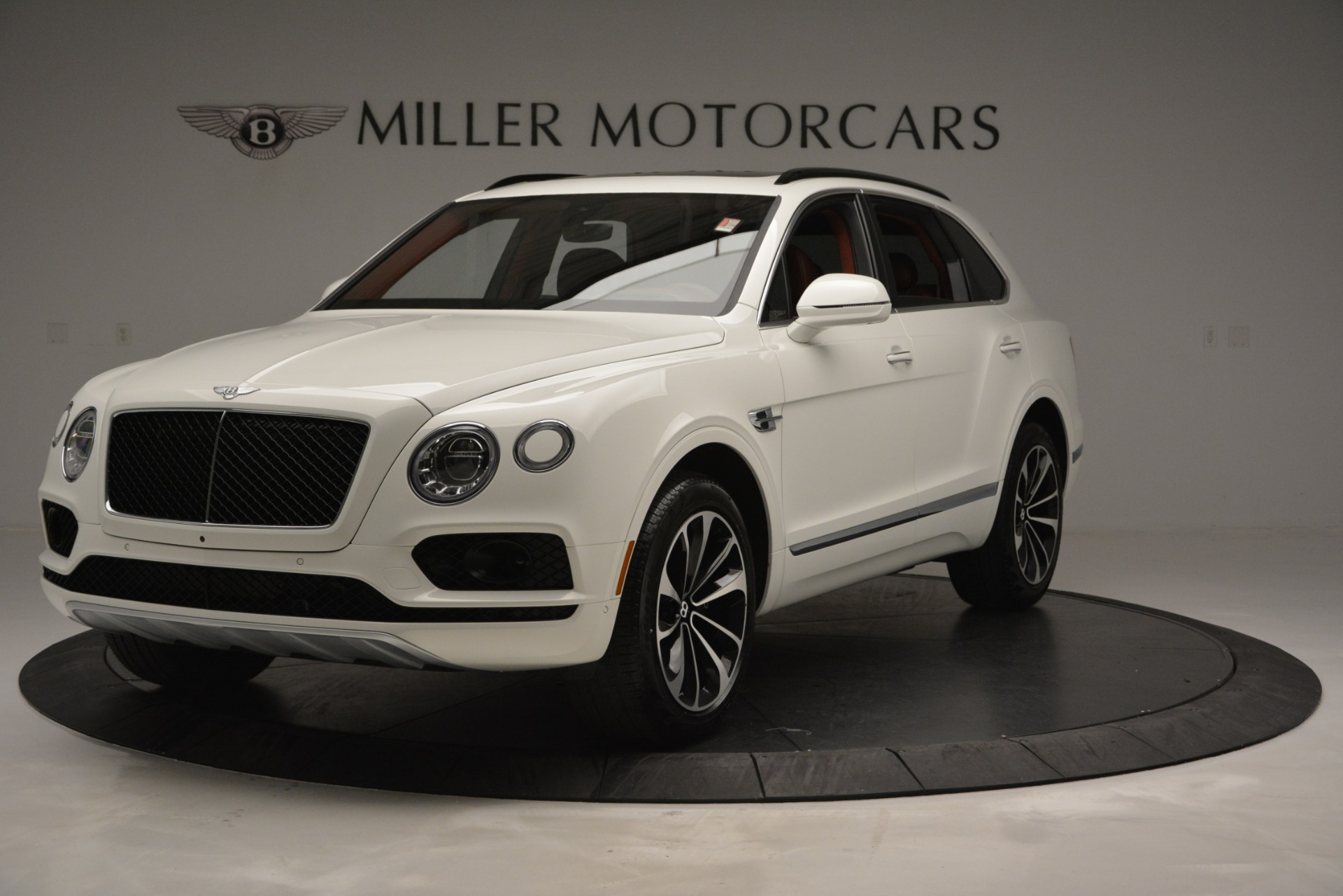 New 2019 Bentley Bentayga V8 For Sale In Greenwich, CT. Alfa Romeo of Greenwich, B1376
