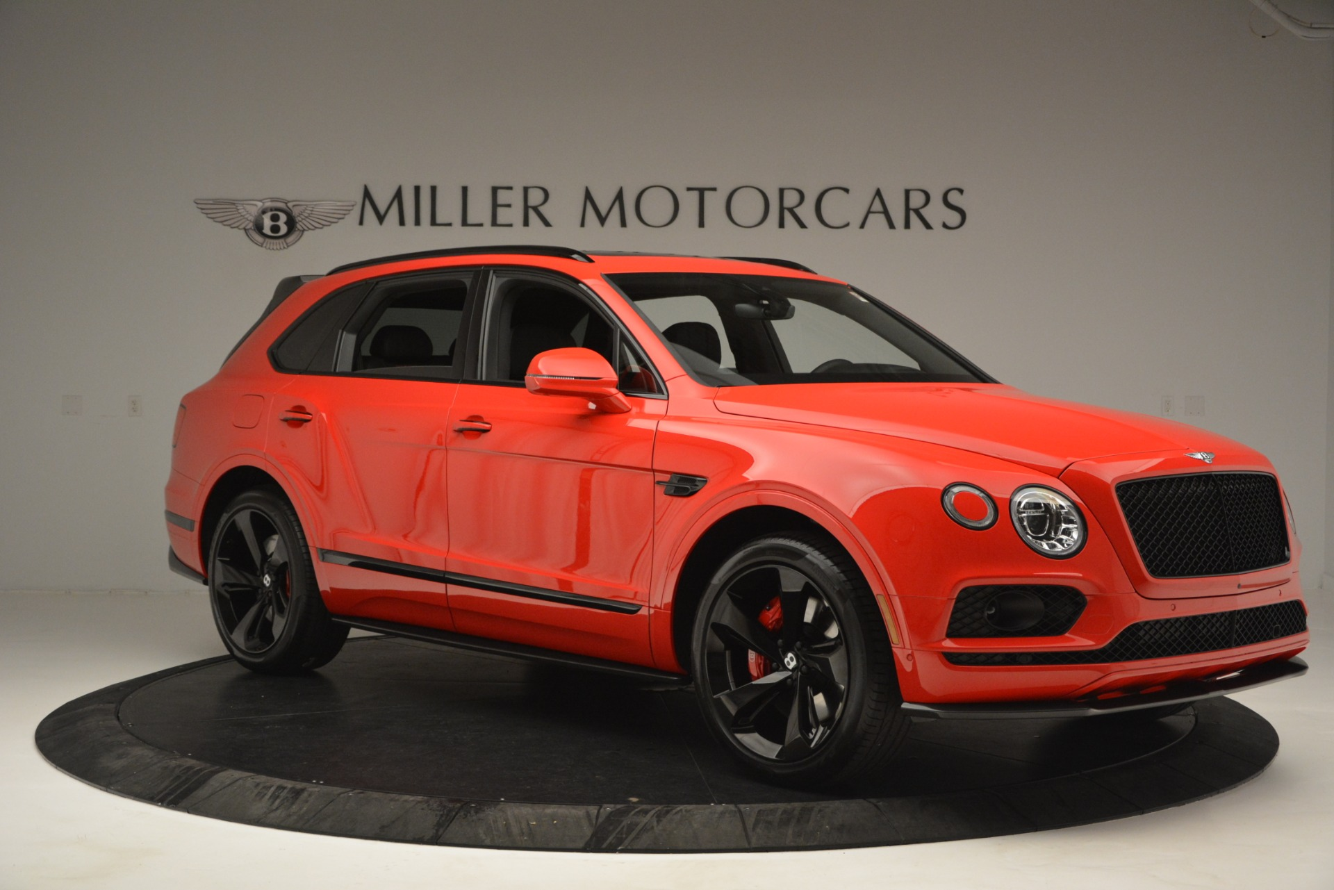 New 2019 BENTLEY Bentayga V8 For Sale In Greenwich, CT. Alfa Romeo of Greenwich, B1382 2536_p10