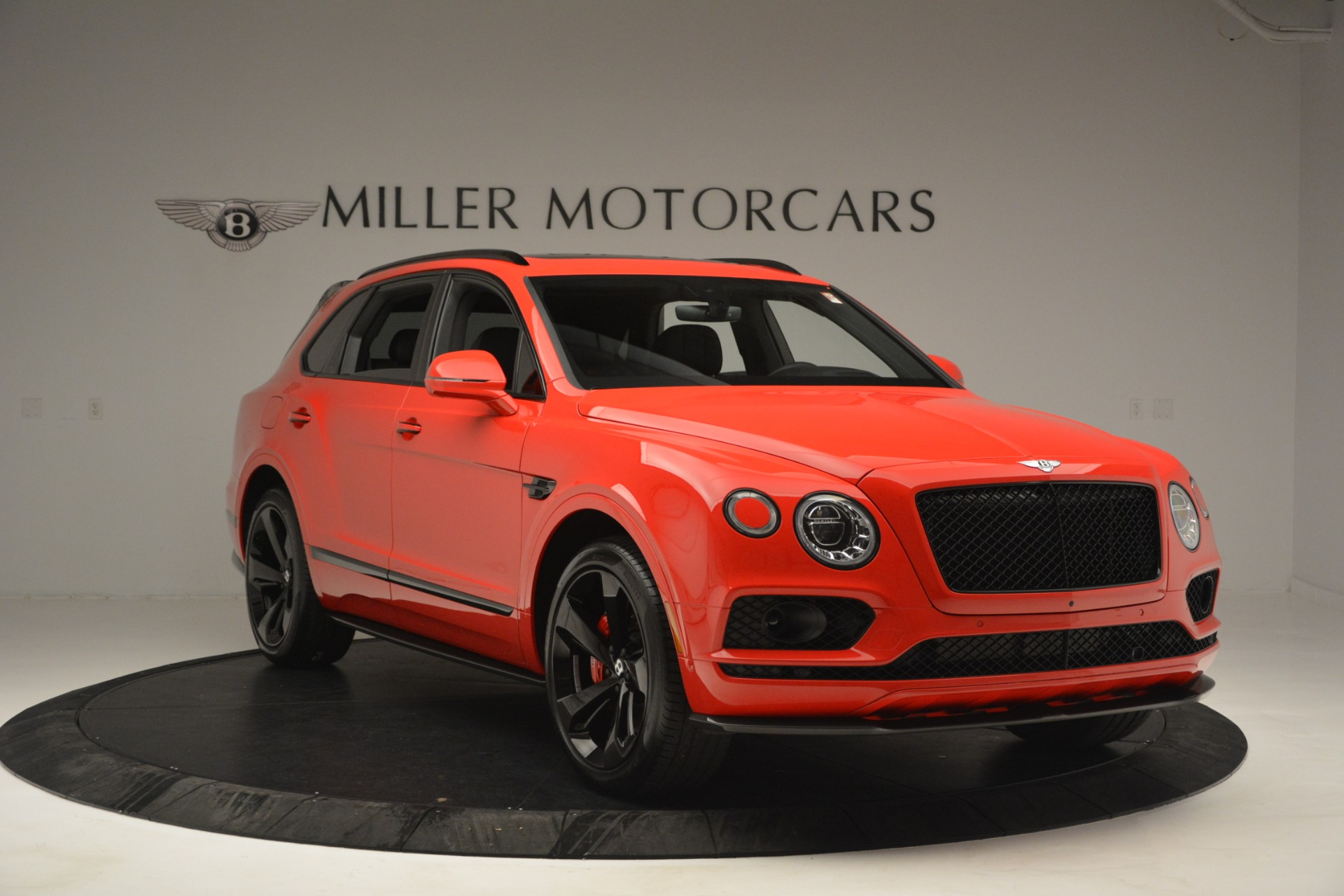 New 2019 BENTLEY Bentayga V8 For Sale In Greenwich, CT. Alfa Romeo of Greenwich, B1382 2536_p11