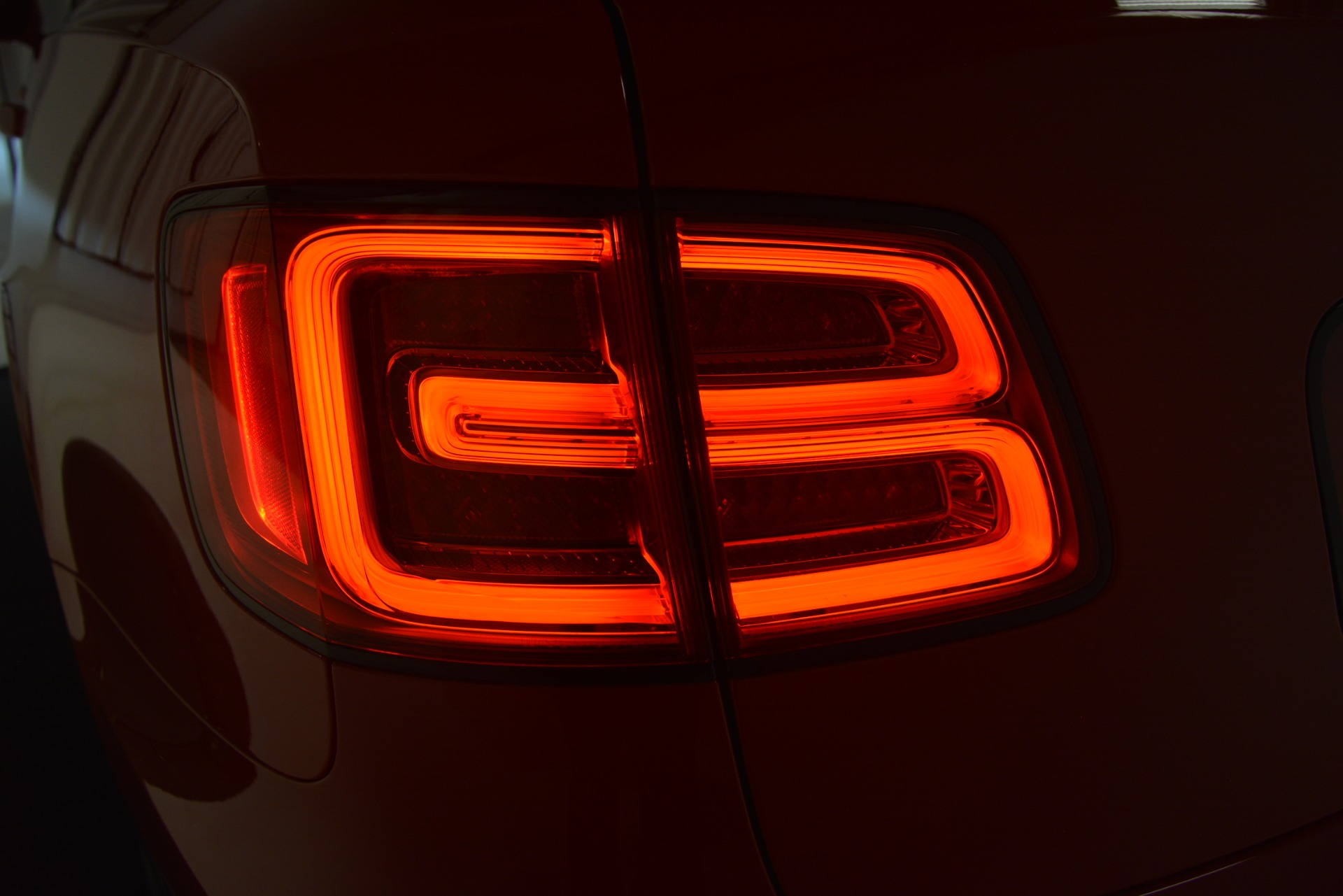 New 2019 BENTLEY Bentayga V8 For Sale In Greenwich, CT. Alfa Romeo of Greenwich, B1382 2536_p15