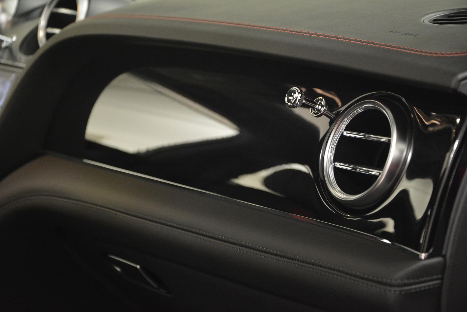 New 2019 BENTLEY Bentayga V8 For Sale In Greenwich, CT. Alfa Romeo of Greenwich, B1382 2536_p26