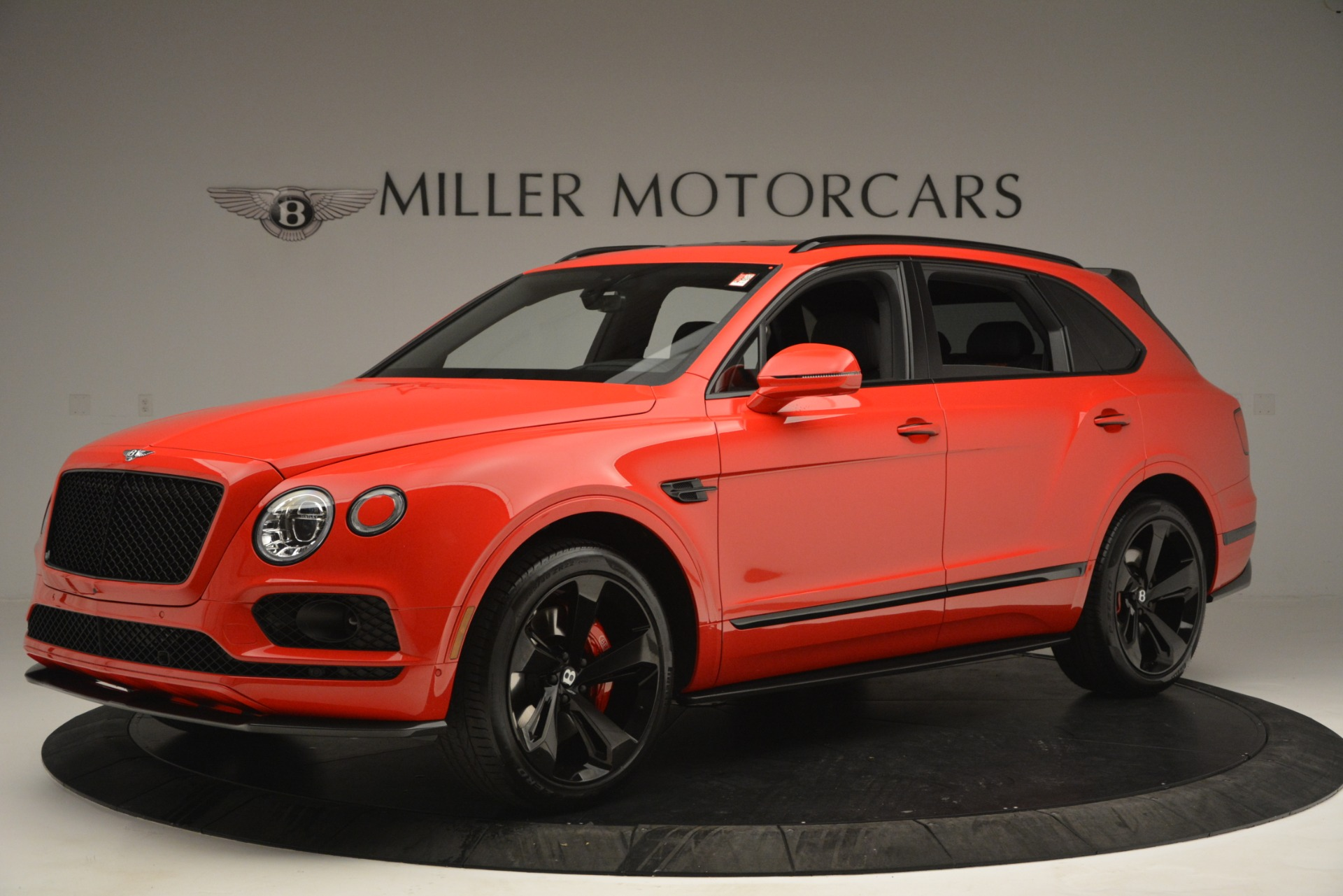New 2019 BENTLEY Bentayga V8 For Sale In Greenwich, CT. Alfa Romeo of Greenwich, B1382 2536_p2