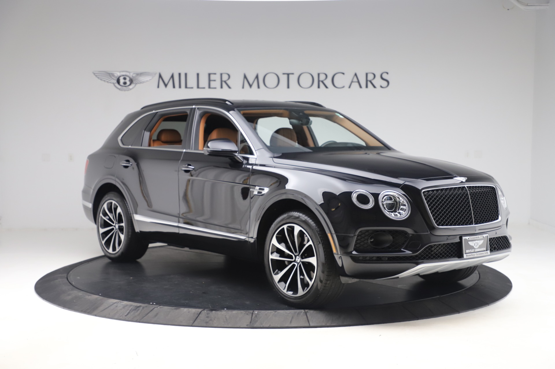 New 2019 Bentley Bentayga V8 For Sale In Greenwich, CT. Alfa Romeo of Greenwich, B1377 2537_p11