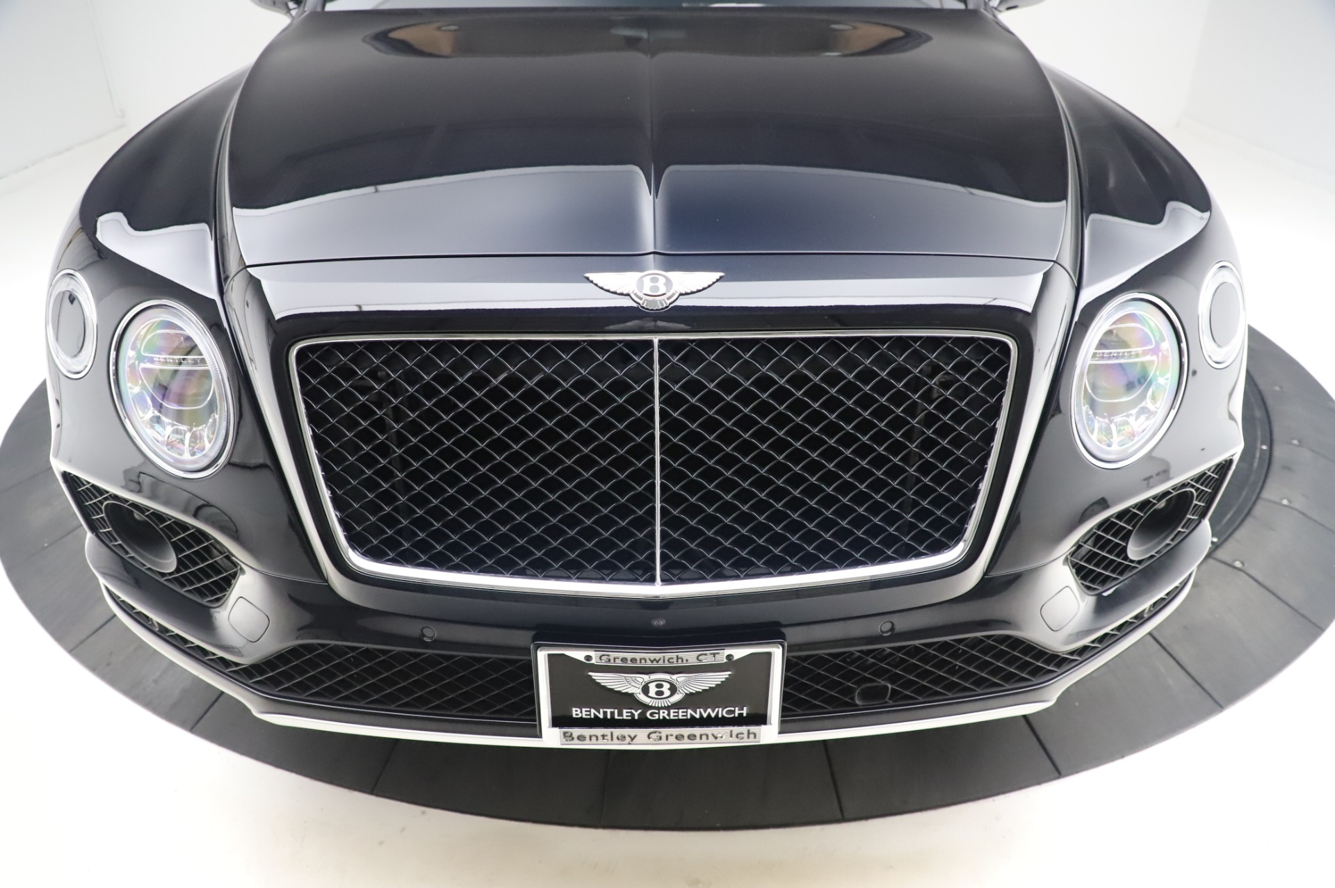 New 2019 Bentley Bentayga V8 For Sale In Greenwich, CT. Alfa Romeo of Greenwich, B1377 2537_p13