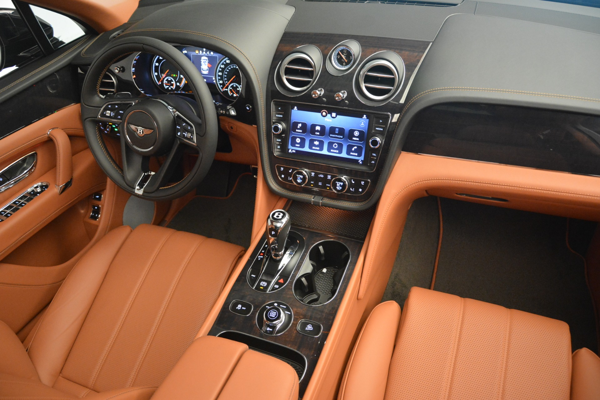New 2019 Bentley Bentayga V8 For Sale In Greenwich, CT. Alfa Romeo of Greenwich, B1377 2537_p29