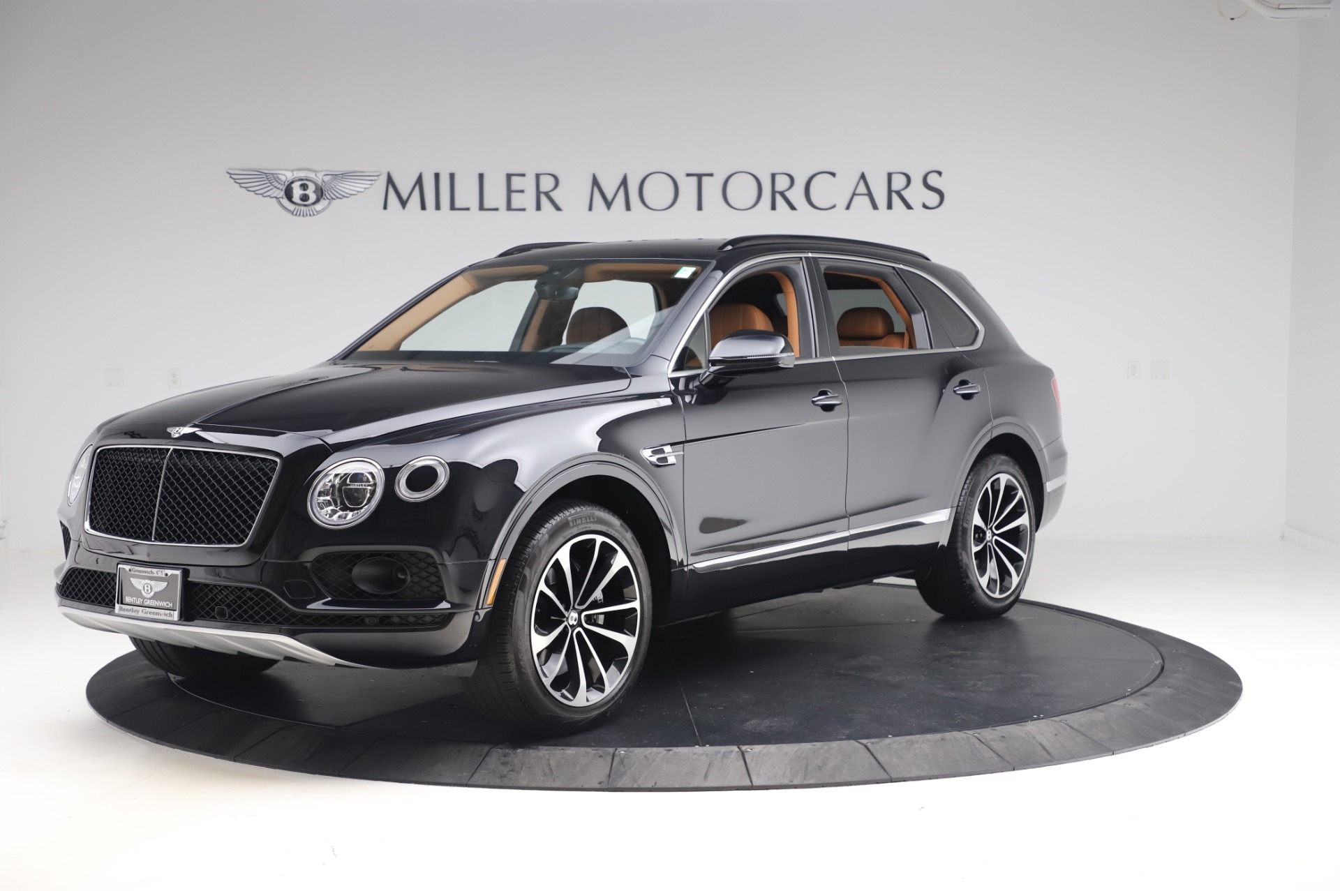New 2019 Bentley Bentayga V8 For Sale In Greenwich, CT. Alfa Romeo of Greenwich, B1377 2537_p2