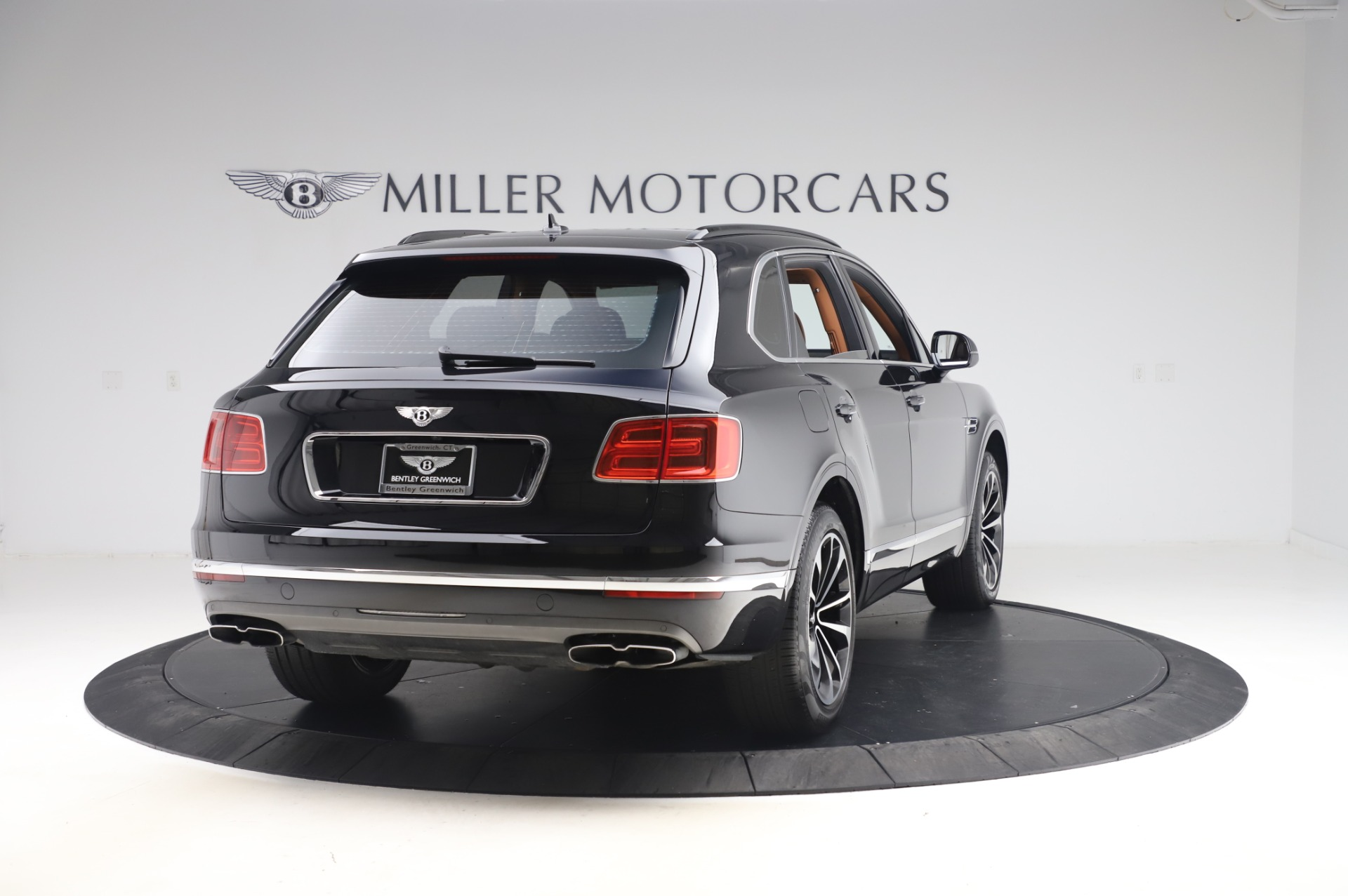 New 2019 Bentley Bentayga V8 For Sale In Greenwich, CT. Alfa Romeo of Greenwich, B1377 2537_p7