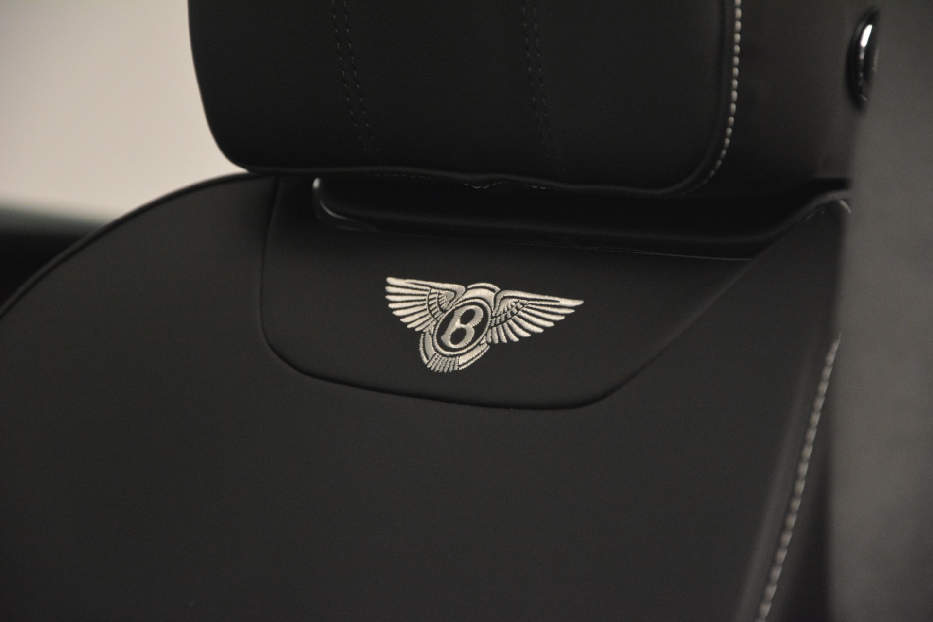 Used 2019 Bentley Bentayga V8 For Sale In Greenwich, CT. Alfa Romeo of Greenwich, B1383 2540_p20