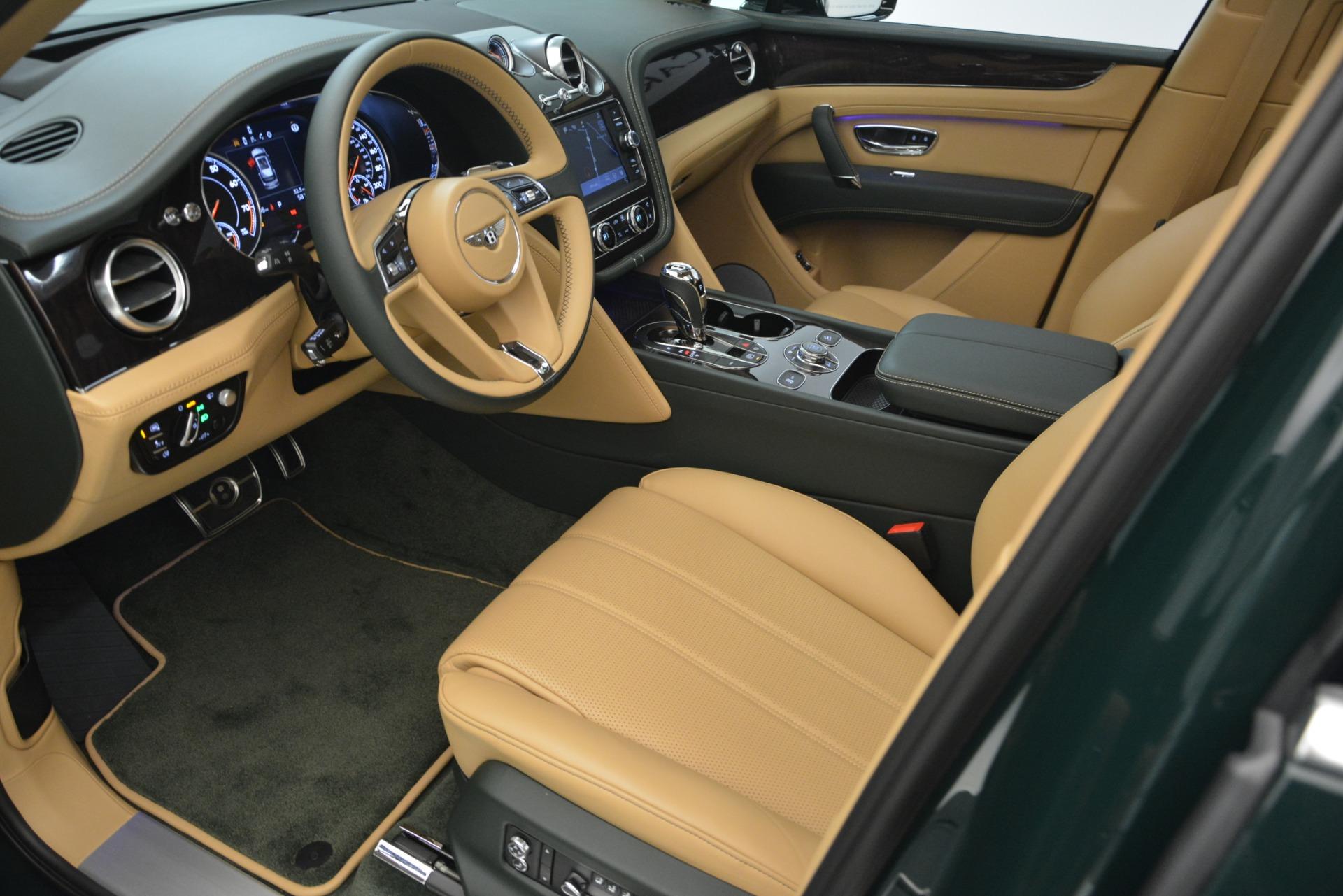 New 2019 Bentley Bentayga V8 For Sale In Greenwich, CT. Alfa Romeo of Greenwich, B1386 2541_p18