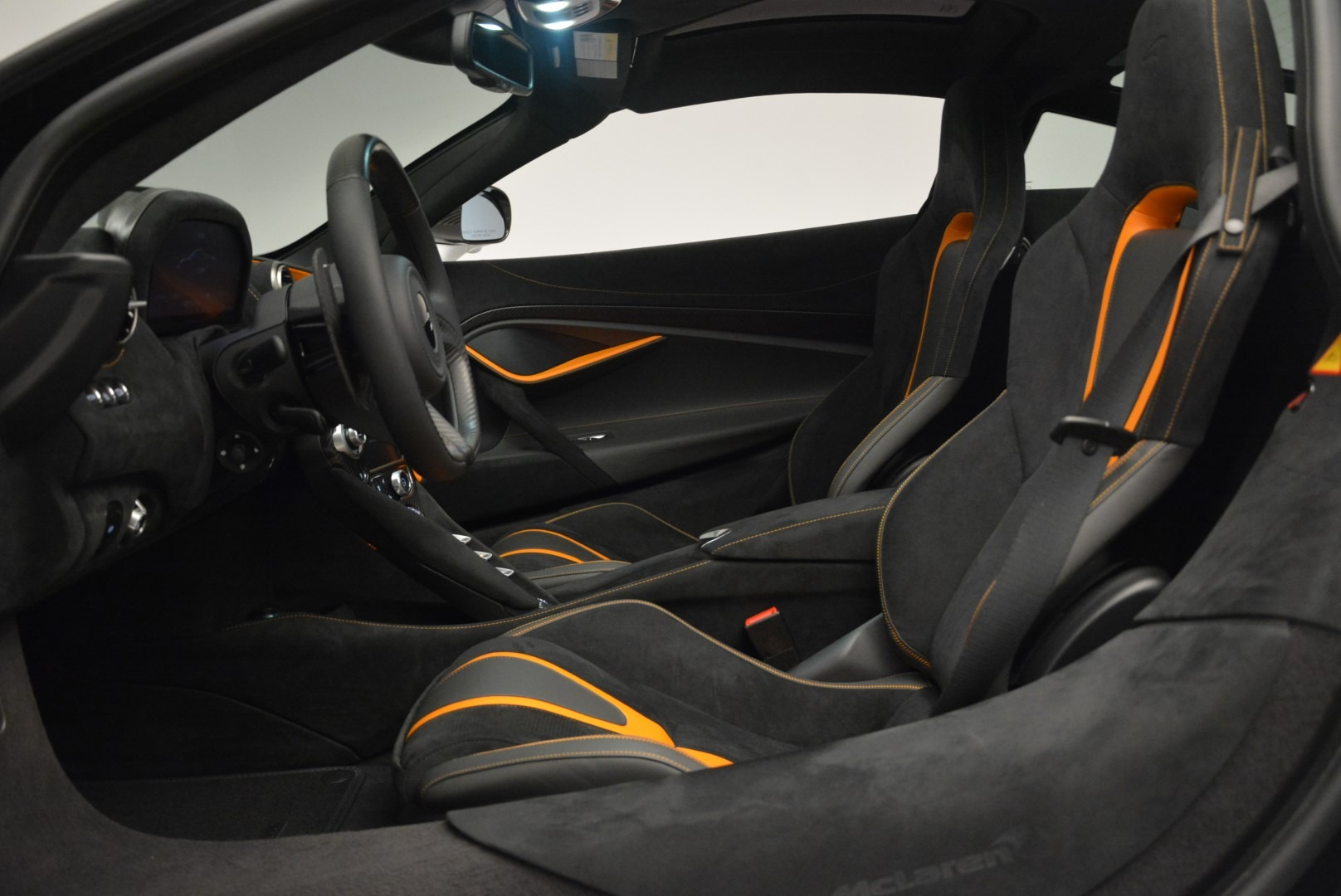 Used 2019 McLaren 720S Coupe For Sale In Greenwich, CT. Alfa Romeo of Greenwich, MC359A 2543_p16