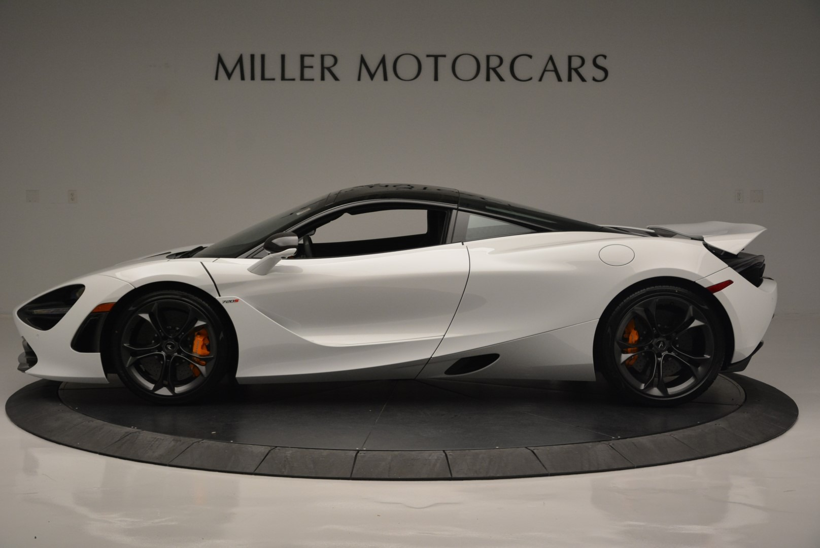 Used 2019 McLaren 720S Coupe For Sale In Greenwich, CT. Alfa Romeo of Greenwich, MC359A 2543_p3