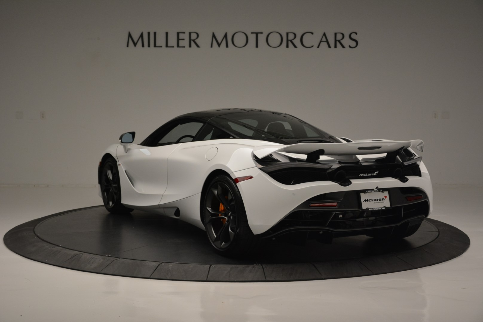 Used 2019 McLaren 720S Coupe For Sale In Greenwich, CT. Alfa Romeo of Greenwich, MC359A 2543_p5