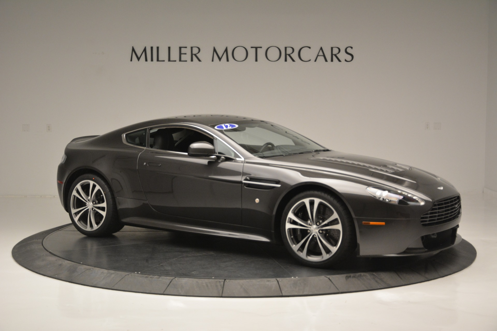 Used 2012 Aston Martin V12 Vantage Coupe For Sale In Greenwich, CT. Alfa Romeo of Greenwich, 7425 2544_p10