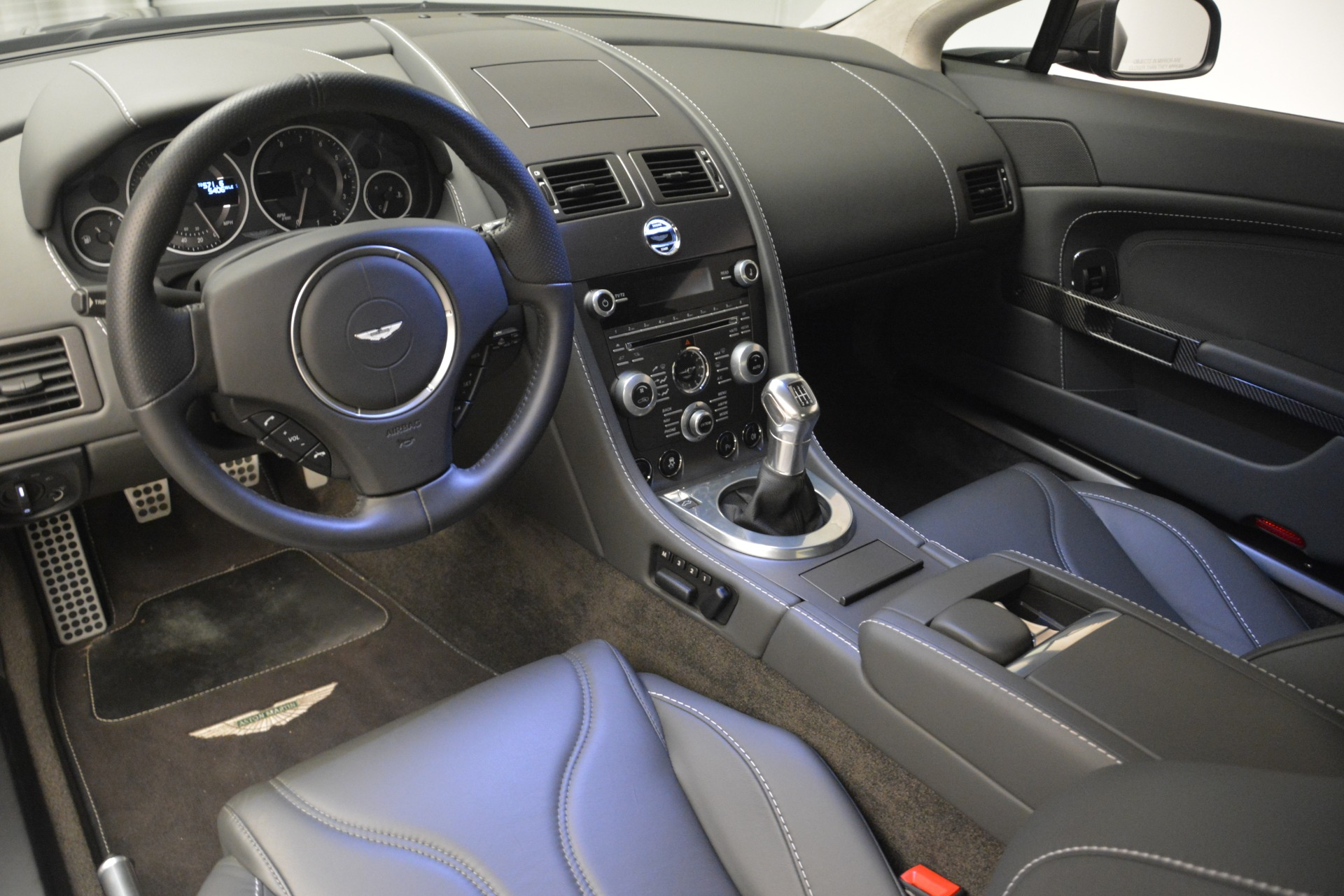 Used 2012 Aston Martin V12 Vantage Coupe For Sale In Greenwich, CT. Alfa Romeo of Greenwich, 7425 2544_p14