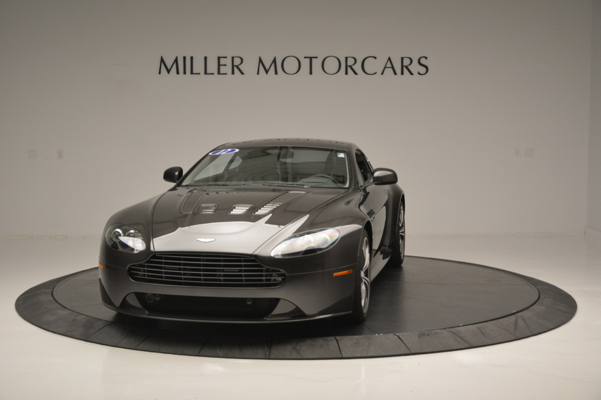 Used 2012 Aston Martin V12 Vantage Coupe For Sale In Greenwich, CT. Alfa Romeo of Greenwich, 7425 2544_p2