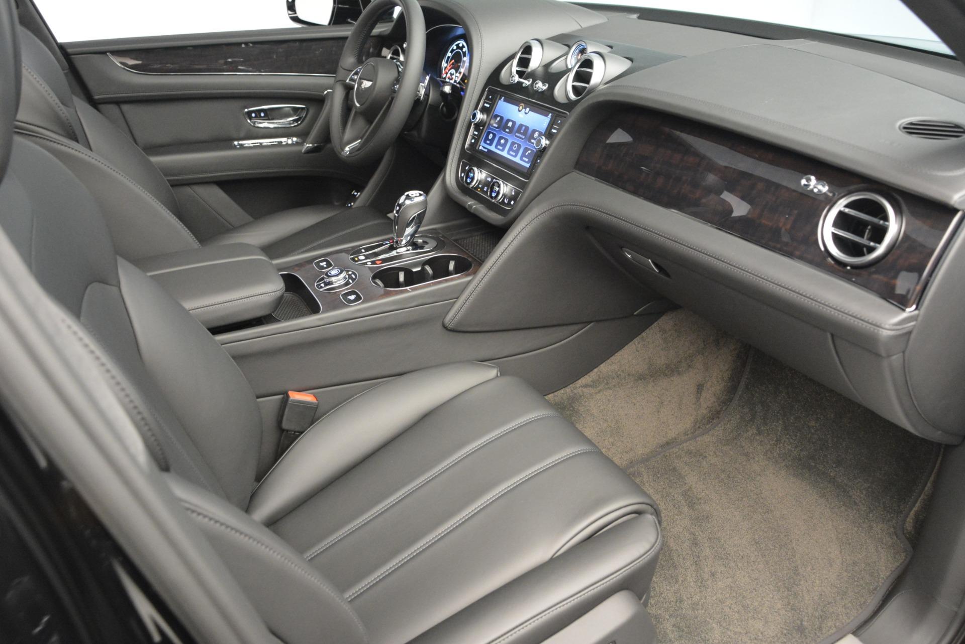 New 2019 Bentley Bentayga V8 For Sale In Greenwich, CT. Alfa Romeo of Greenwich, B1370 2545_p29