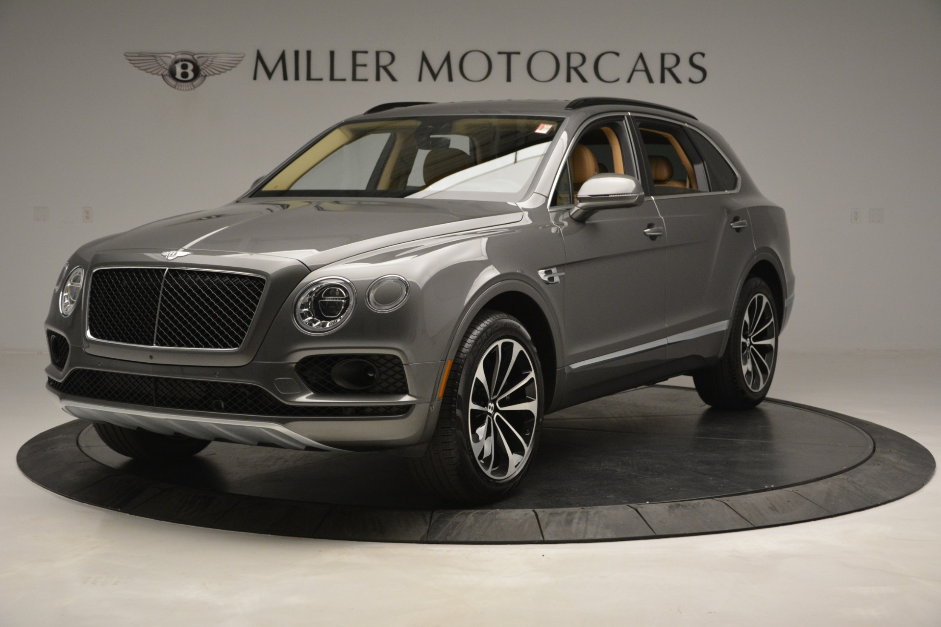 New 2019 Bentley Bentayga V8 For Sale In Greenwich, CT. Alfa Romeo of Greenwich, B1378