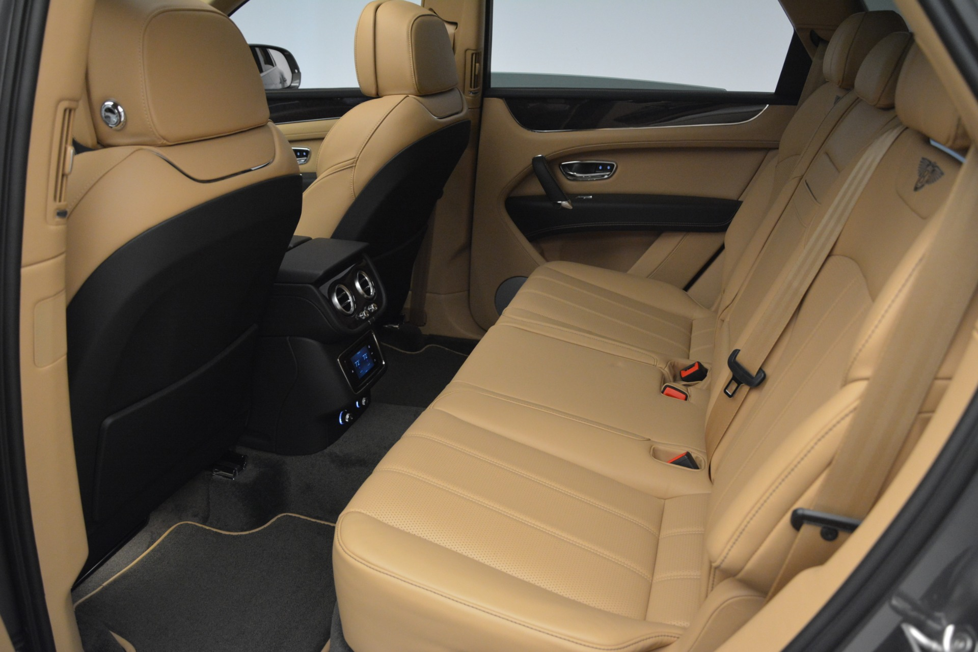 New 2019 Bentley Bentayga V8 For Sale In Greenwich, CT. Alfa Romeo of Greenwich, B1378 2547_p20