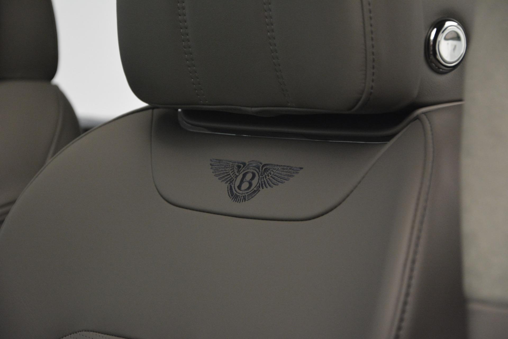 Used 2019 Bentley Bentayga V8 For Sale In Greenwich, CT. Alfa Romeo of Greenwich, B1369 2549_p21