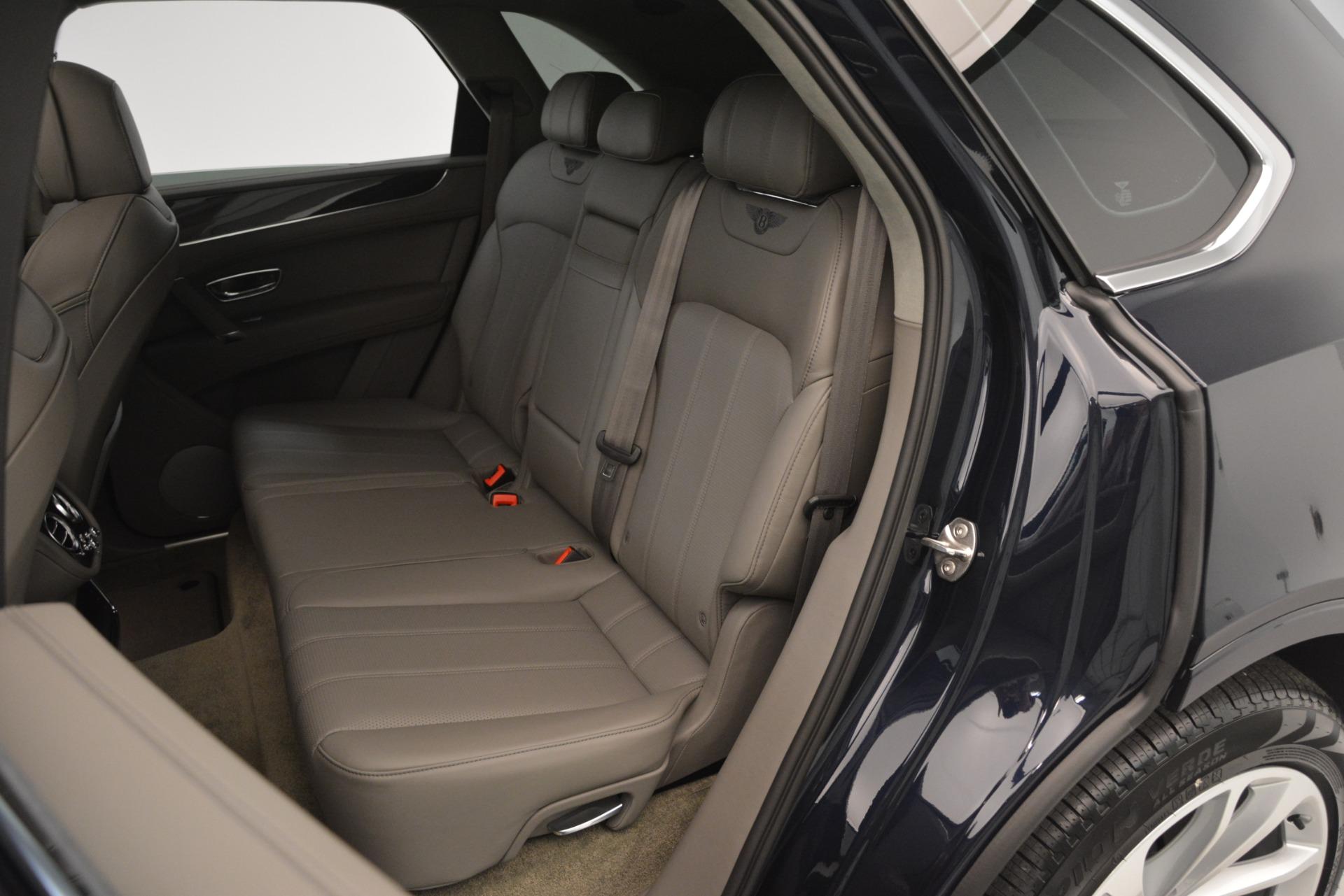 Used 2019 Bentley Bentayga V8 For Sale In Greenwich, CT. Alfa Romeo of Greenwich, B1369 2549_p26