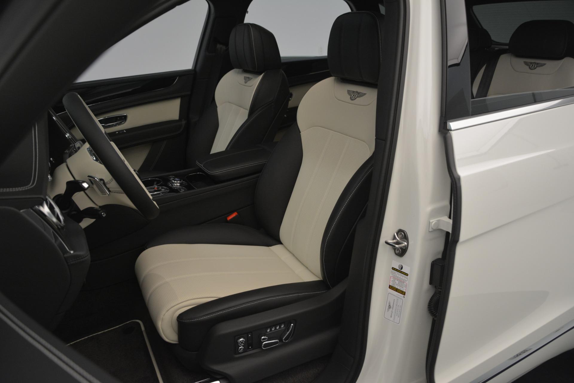 New 2019 Bentley Bentayga V8 For Sale In Greenwich, CT. Alfa Romeo of Greenwich, B1371 2550_p20