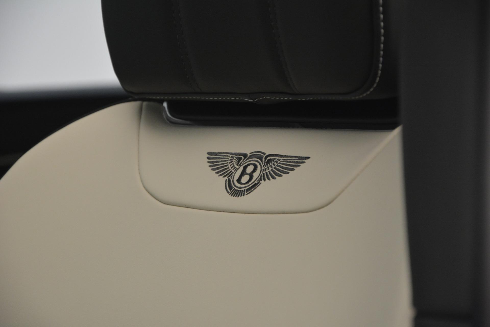 New 2019 Bentley Bentayga V8 For Sale In Greenwich, CT. Alfa Romeo of Greenwich, B1371 2550_p21